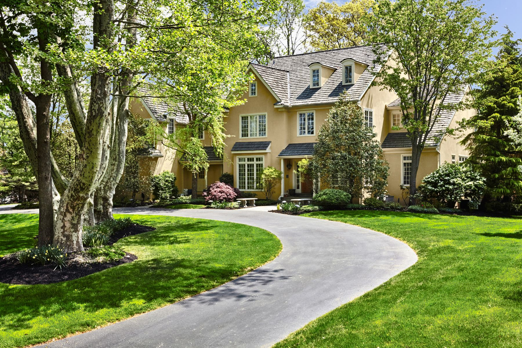 Single Family Home for Sale at 11 Harrison Dr 11 HARRISON DR Newtown Square, Pennsylvania 19073 United States