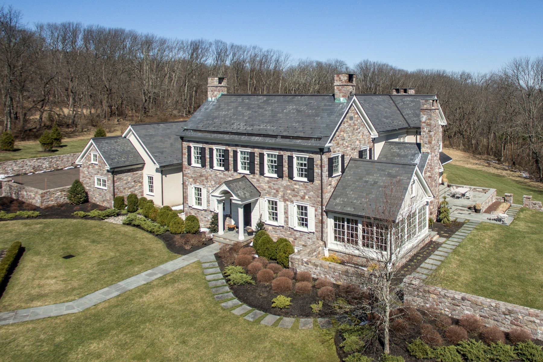 Single Family Homes for Sale at Bucks County Perfection 5811 RIDGEVIEW DR Doylestown, Pennsylvania 18902 United States