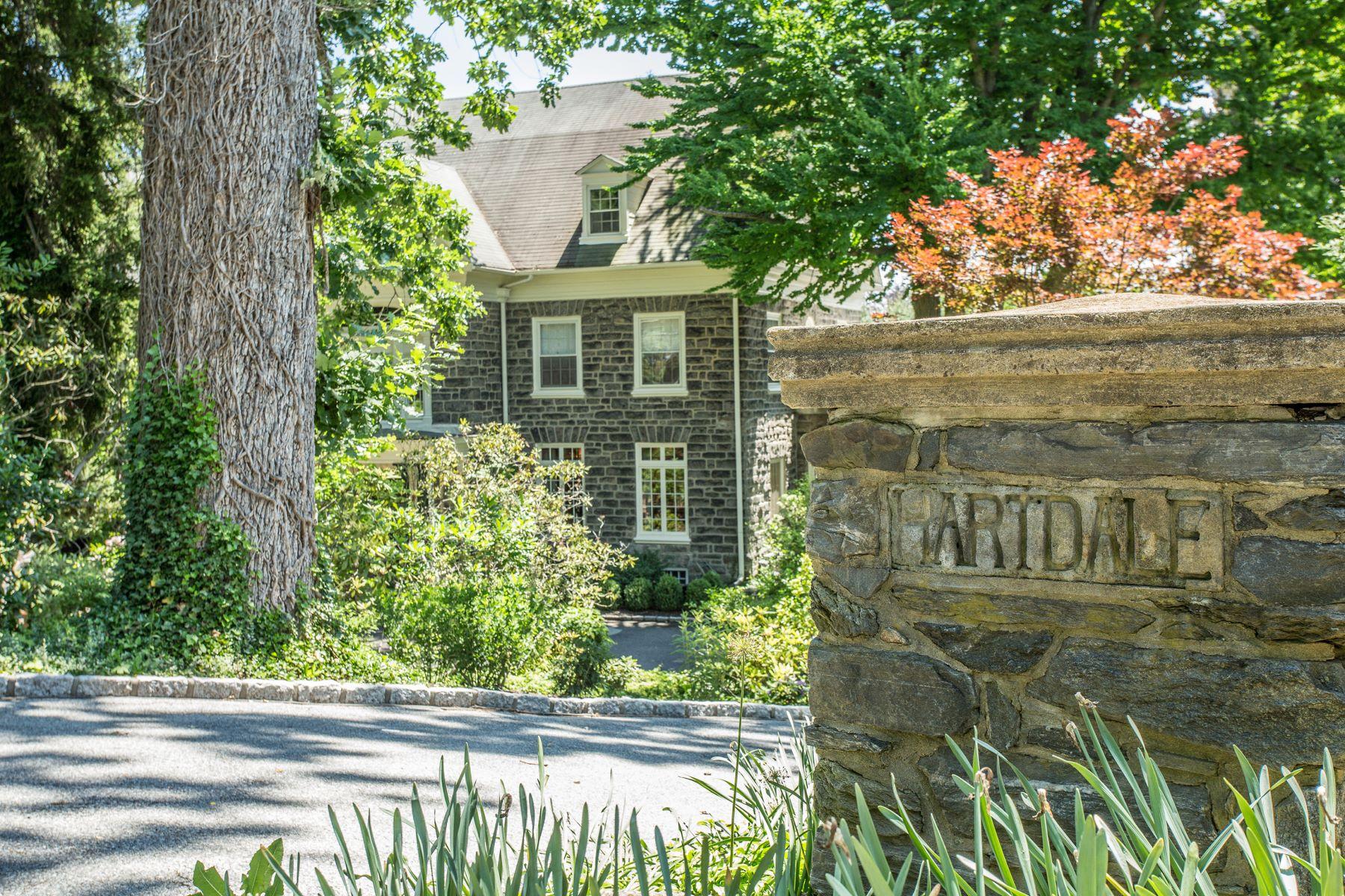 独户住宅 为 销售 在 1221 Lafayette Rd 德维恩, 宾夕法尼亚州, 19035 美国
