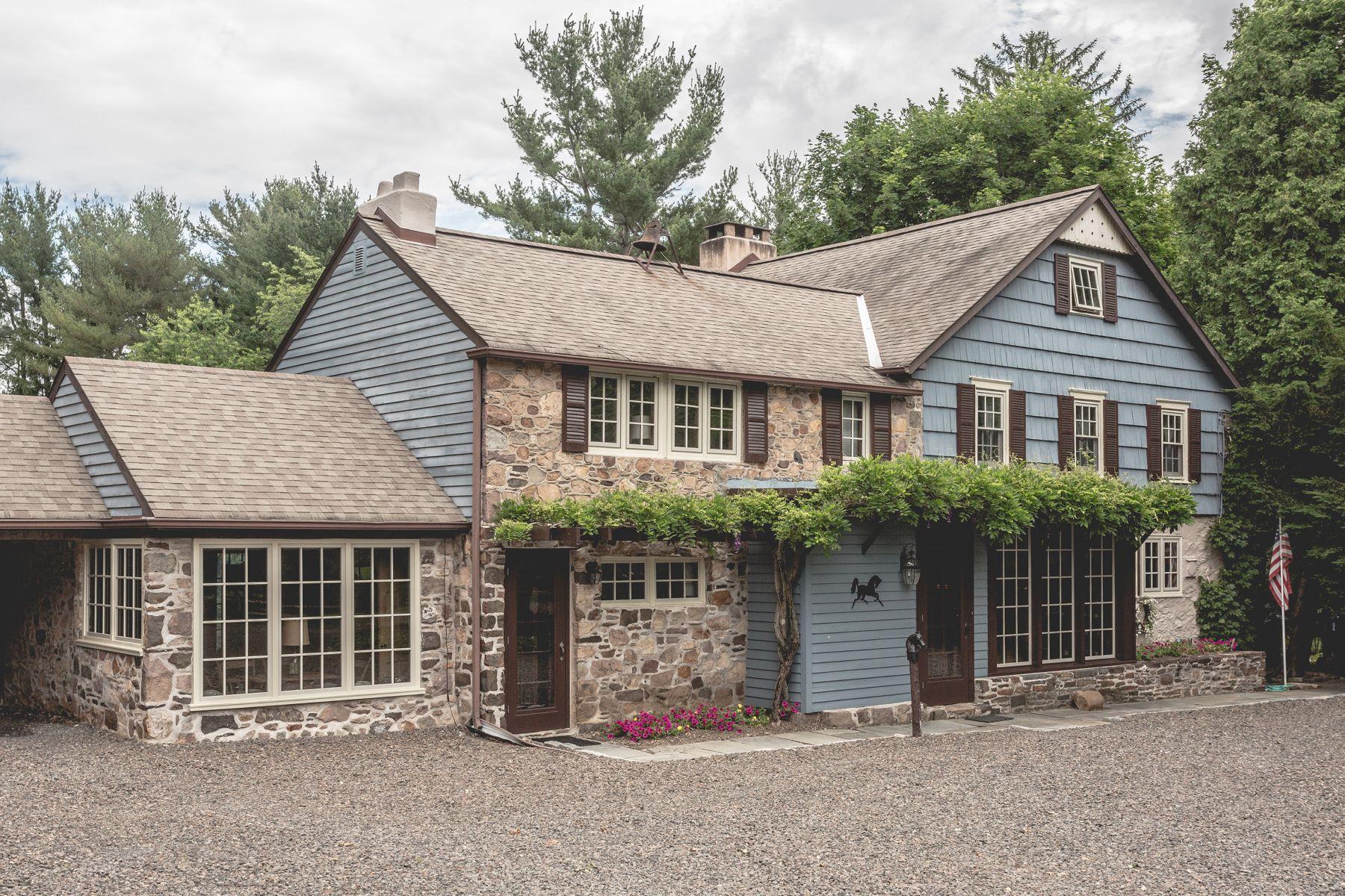 独户住宅 为 销售 在 1588 Woodside Rd 雅德利, 宾夕法尼亚州 19067 美国