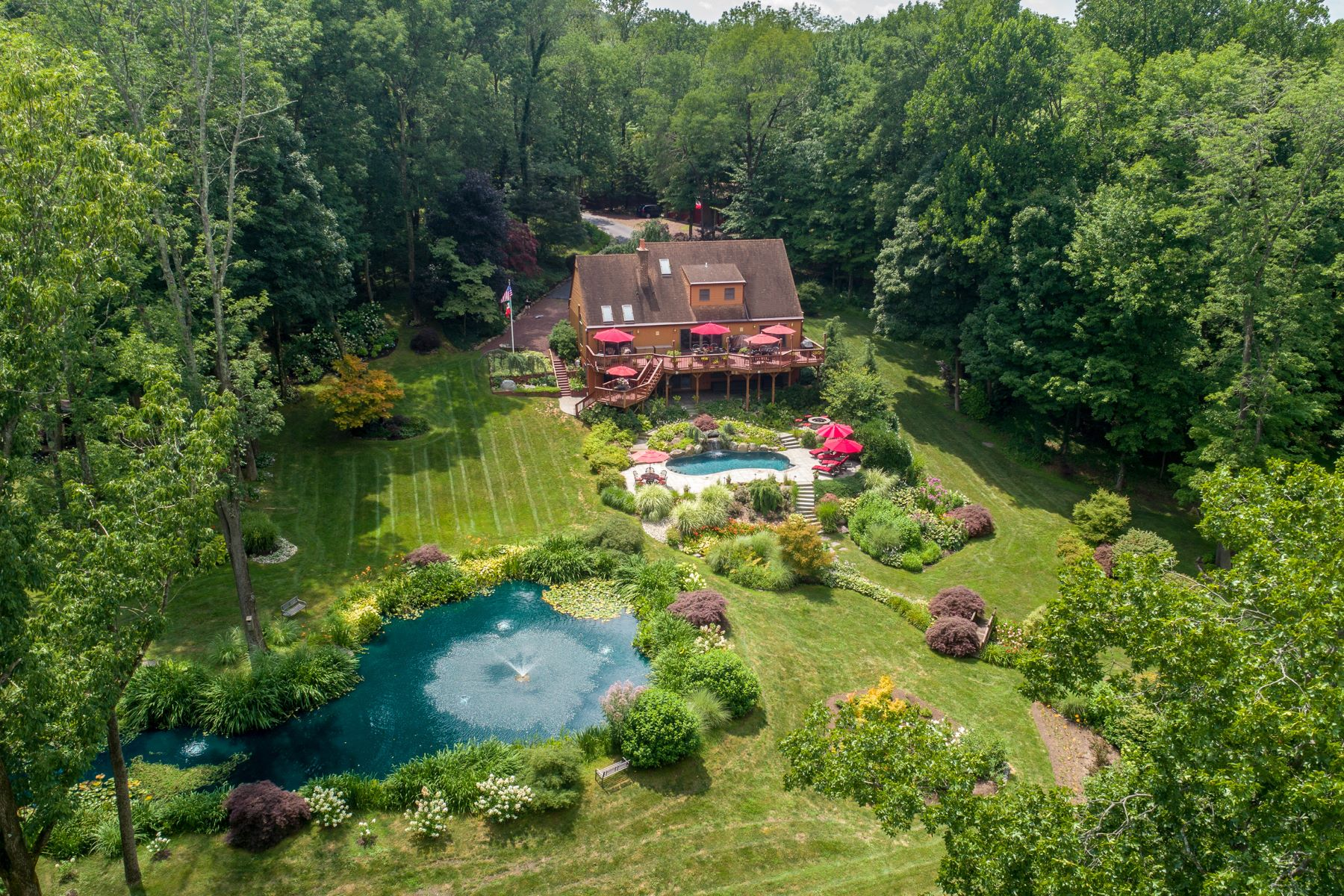 Single Family Homes for Sale at Heavenly Hideaway 1565 Mine Spring Road, Upper Black Eddy, Pennsylvania 18972 United States