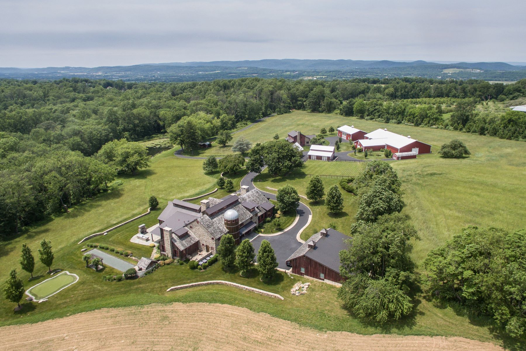 Farm / Ranch / Plantation for Sale at Hidden Estate Property 106 MOUNTAIN TOP RD, Glen Gardner, New Jersey, 08826 United States