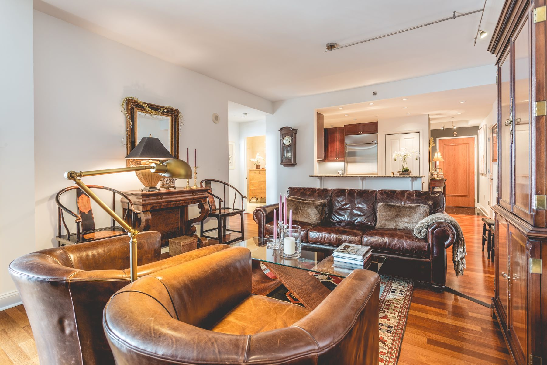Condomínio para Venda às 440 S Broad St #1804 440 S BROAD ST #1804 1804, Philadelphia, Pensilvânia, 19146 Estados Unidos