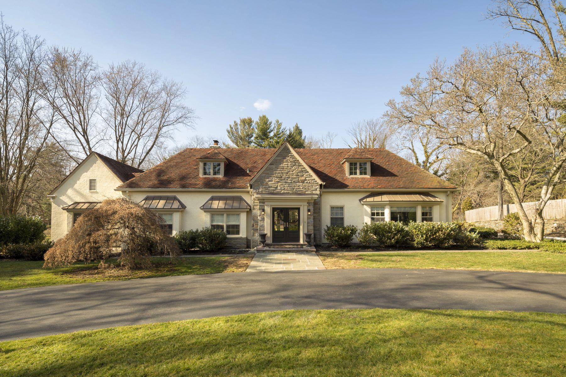 Maison unifamiliale pour l Vente à Main Line Refinement 1101 W INDIAN CREEK RD, Wynnewood, Pennsylvanie 19096 États-Unis