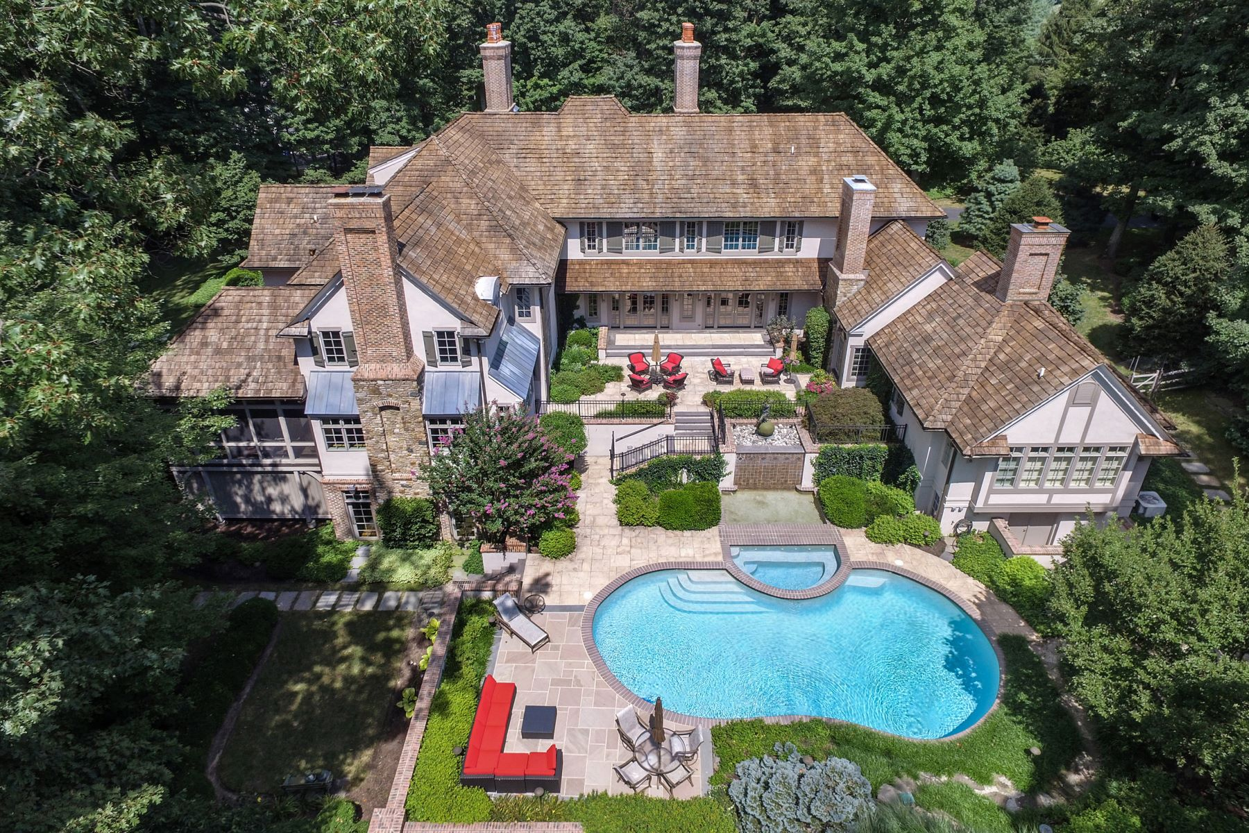 Single Family Home for Sale at 1039 Creamery Rd Newtown, Pennsylvania 18940 United States