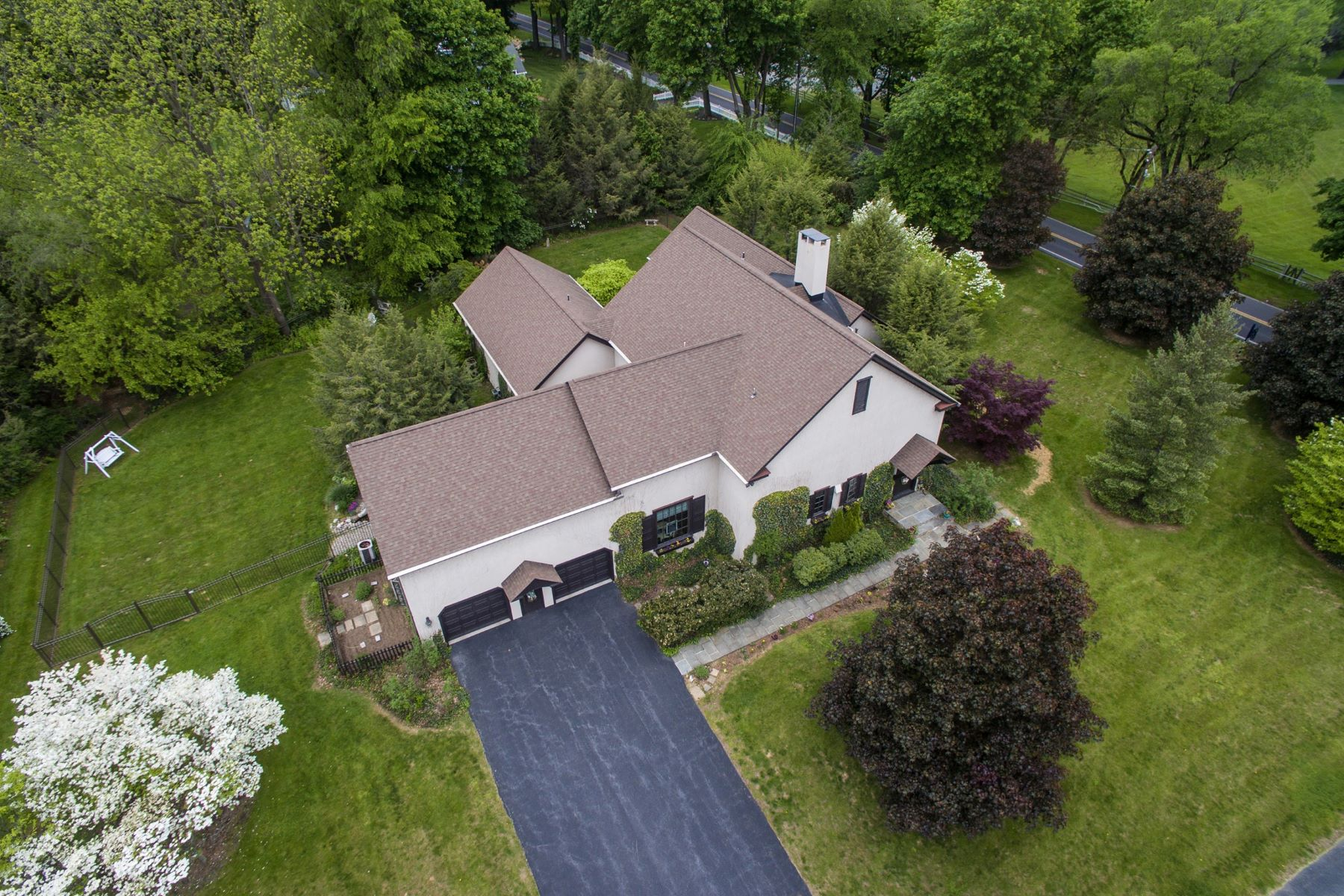 Single Family Home for Sale at Tudor Residence & Artist Studio 4430 POND VIEW CT Bethlehem, Pennsylvania, 18020 United States
