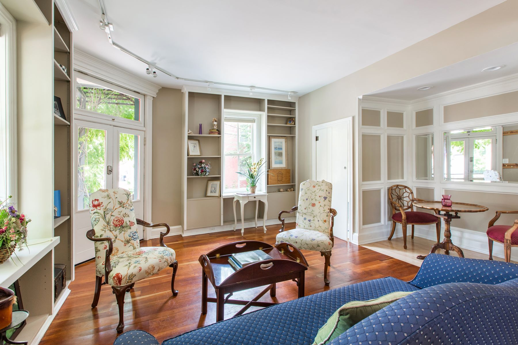Additional photo for property listing at 15 Swan St  Lambertville, New Jersey 08530 United States
