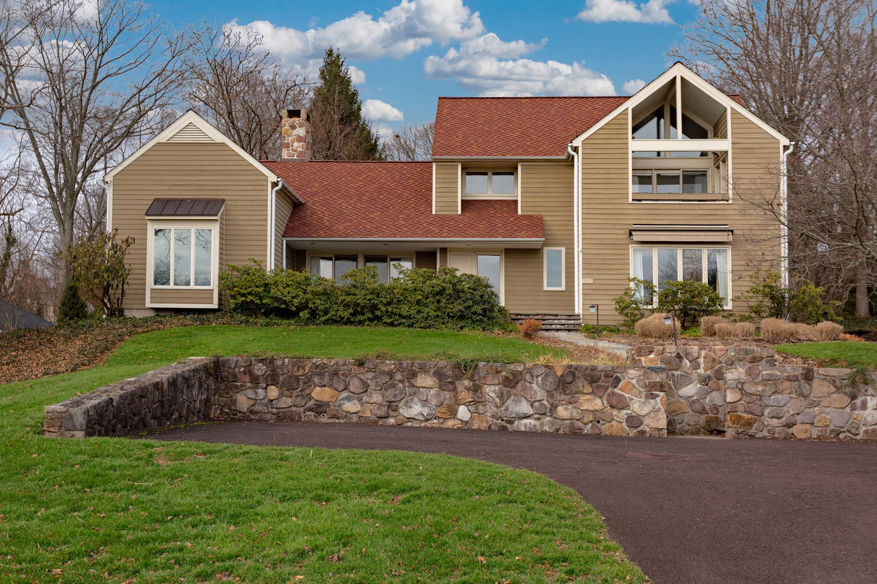 Single Family Home for Sale at 81 Golf View Rd Doylestown, Pennsylvania 18901 United States