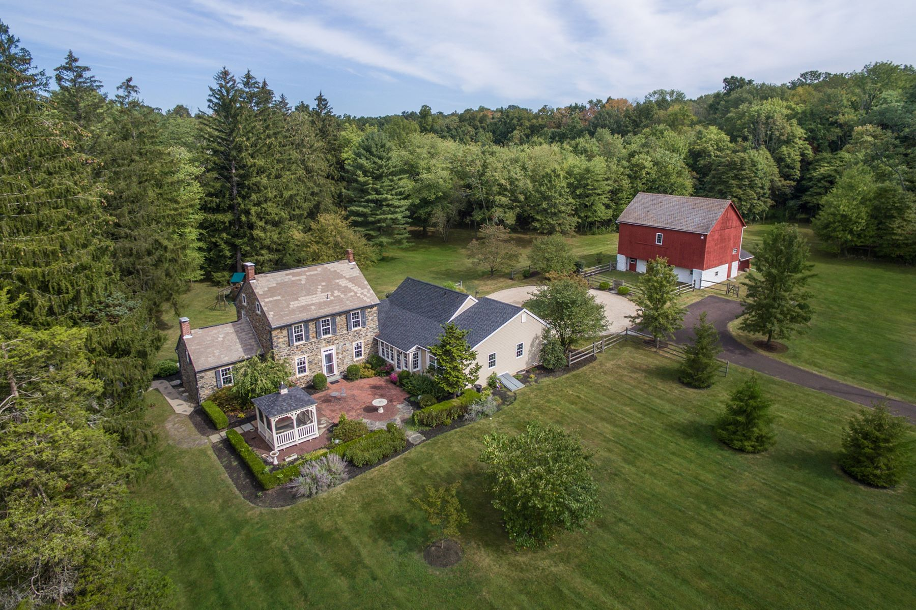 Single Family Home for Sale at Hidden Glade Farm 1109 APPLE RD Quakertown, Pennsylvania 18951 United States