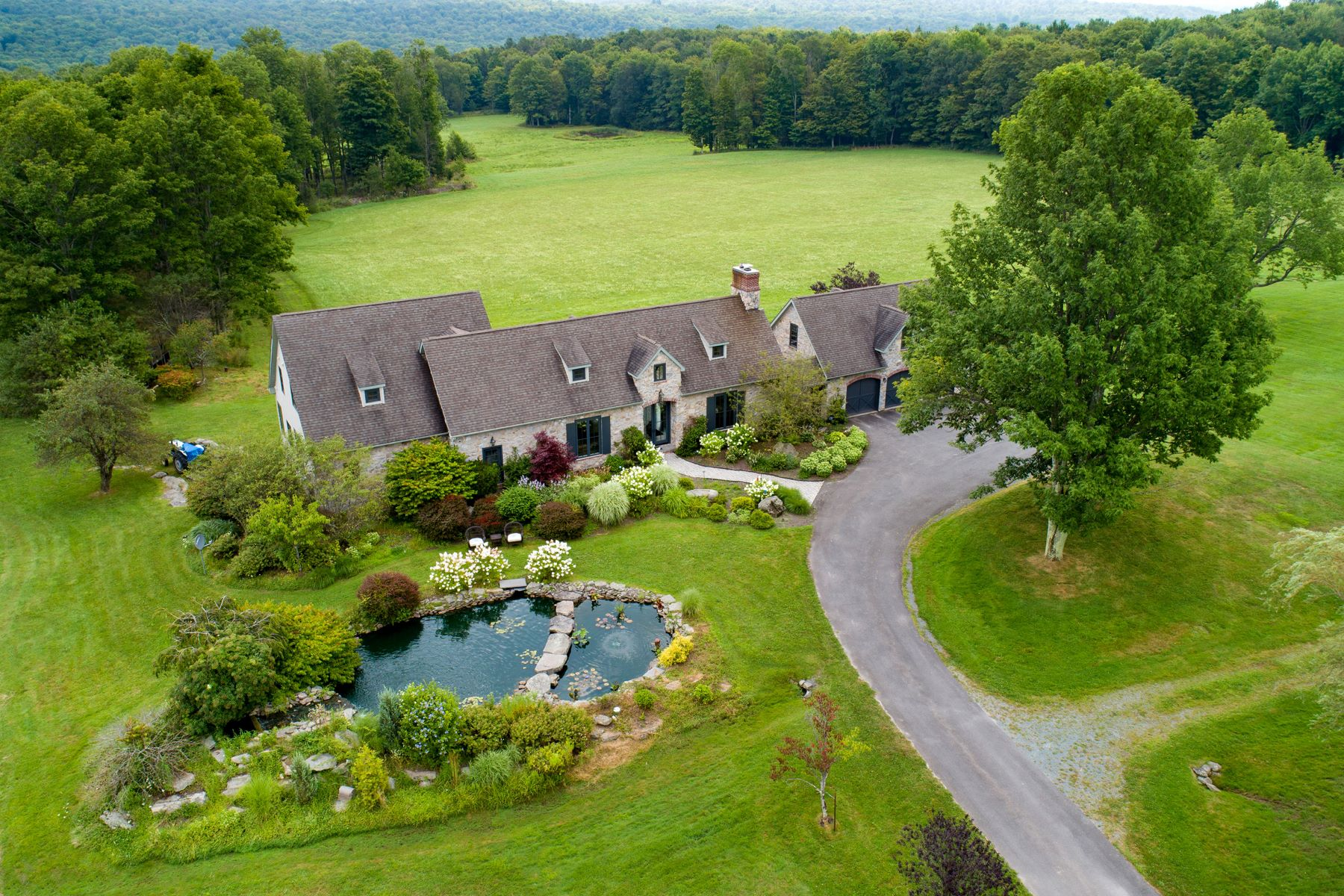 Single Family Homes for Sale at Greentown, Pennsylvania 18426 United States