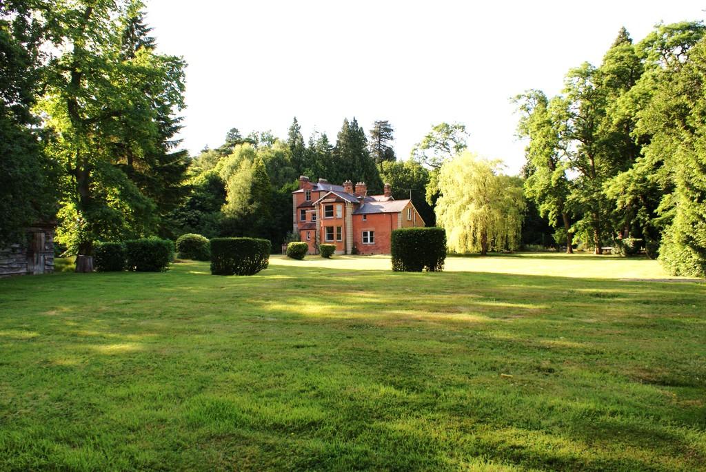 Maison unifamiliale pour l Vente à Ascot, Berkshire Swinley Road Ascot, Angleterre, SL5 8BA Royaume-Uni