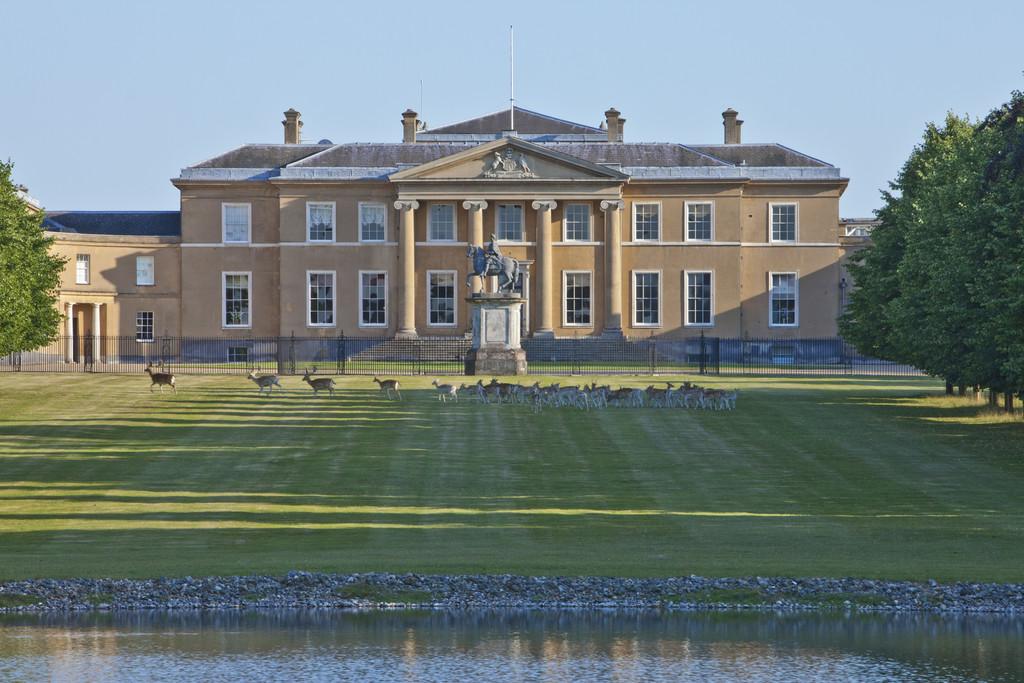Additional photo for property listing at Basingstoke, Hampshire  Basingstoke, 英格蘭 RG25 2JZ 英國