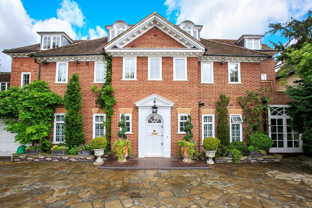 Single Family Home for Sale at Roedean Crescent, Richmond SW15 Richmond, England, United Kingdom
