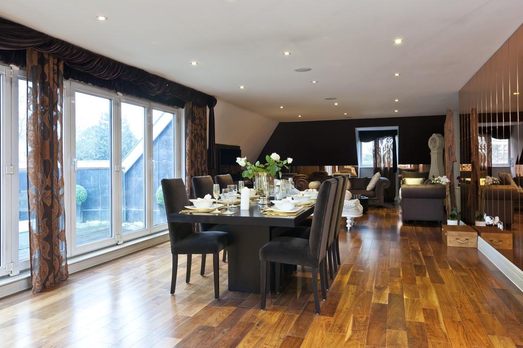 Wohnung für Verkauf beim Weybridge, Surrey Weybridge, England, Vereinigtes Königreich