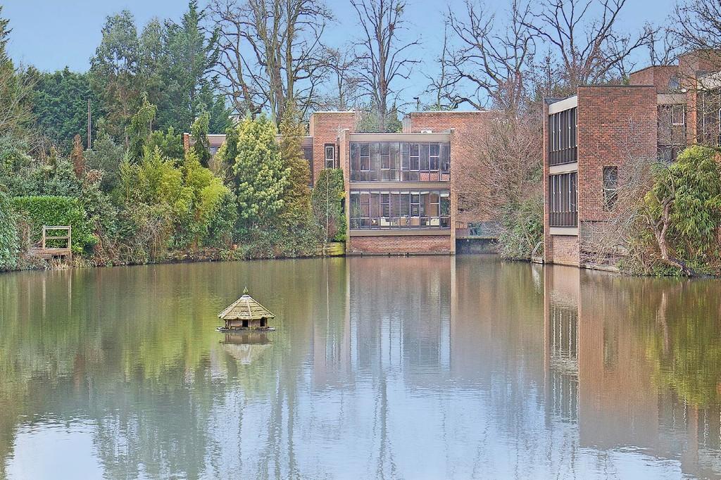 Nhà ở một gia đình vì Bán tại Esher, Surrey Esher, Anh Quốc, Vương Quốc Anh