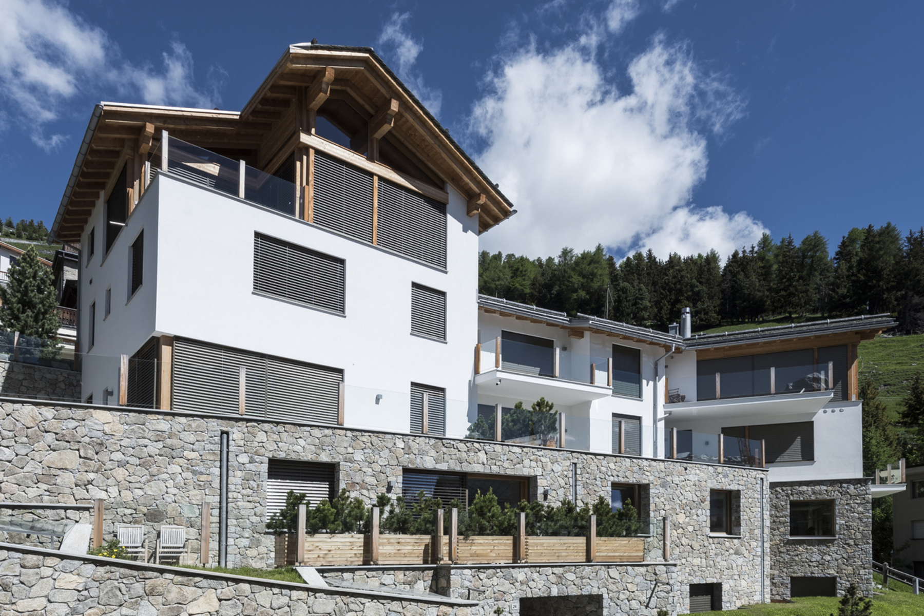 アパート のために 売買 アット New 6.5. Apartment / Villetta in a prime location with lake view St. Moritz St. Moritz, Grisons, 7500 スイス