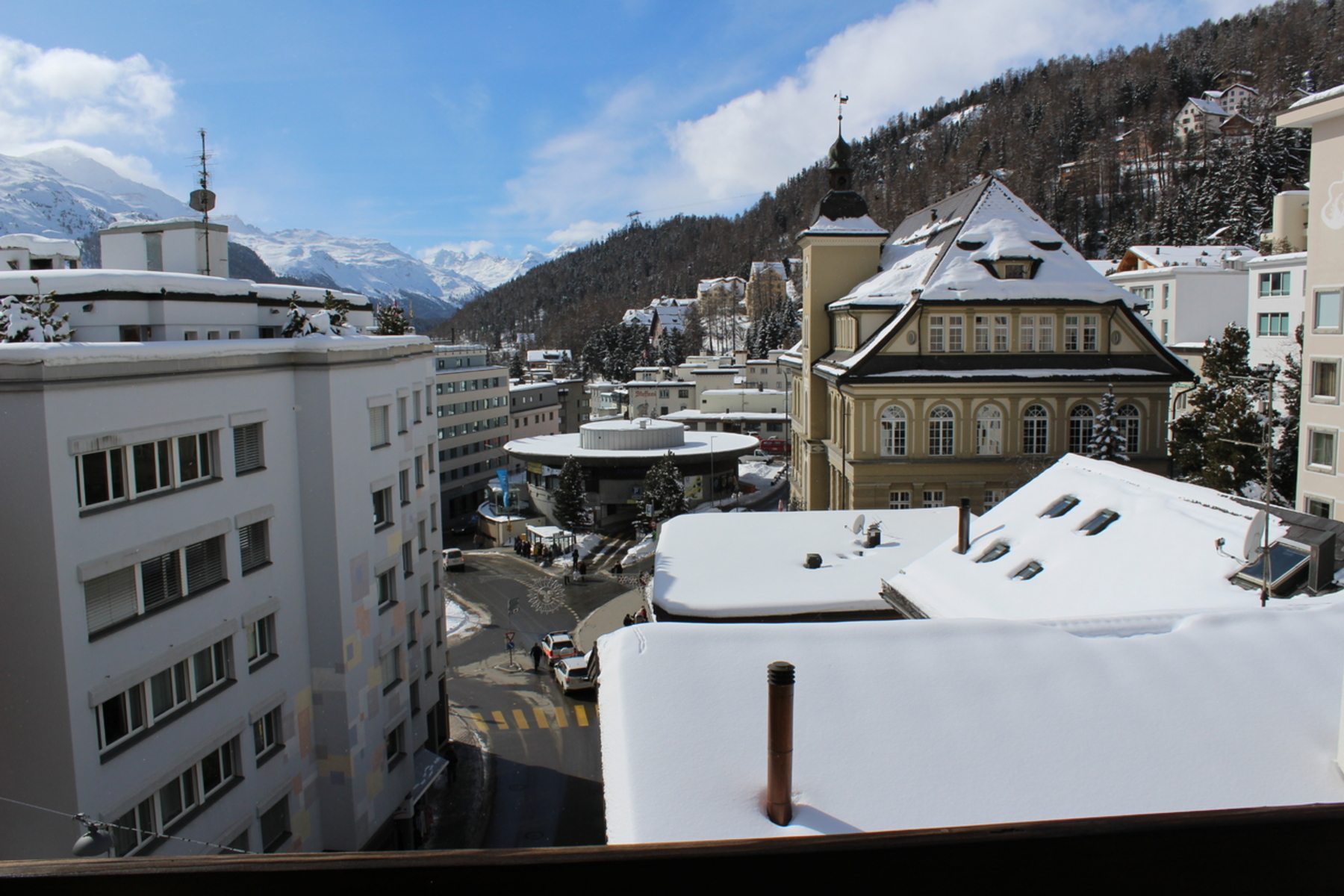 Apartamento para Venda às Exclusive 4.5 room attic apartment in the center St. Moritz St. Moritz, Grisons, 7500 Suíça