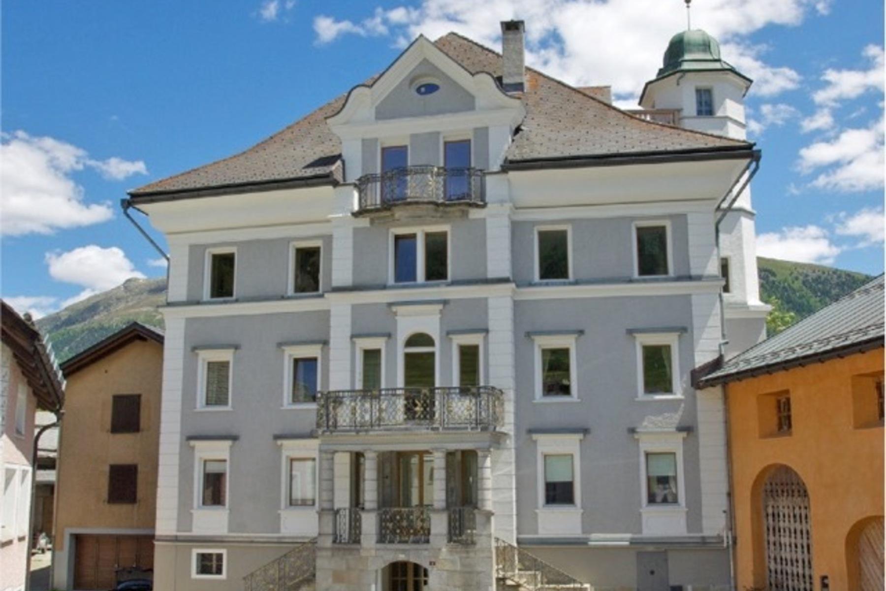 Dôi vì Bán tại Bright 6.5 room duplex apartment a Samedan Other Switzerland, Các Vùng Khác Ở Thụy Sĩ, 7503 Thụy Sĩ