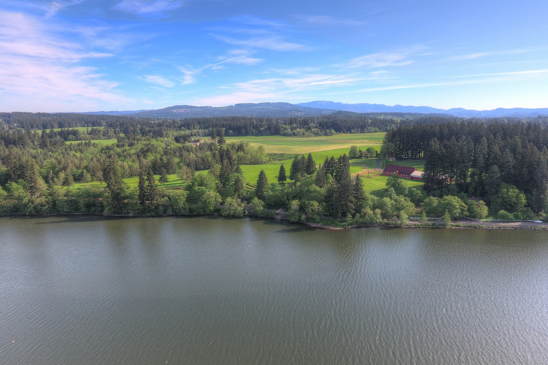Terreno por un Venta en Lacamas Lake Opportunity 215 SE LEADBETTER RD Camas, Washington, 98607 Estados Unidos