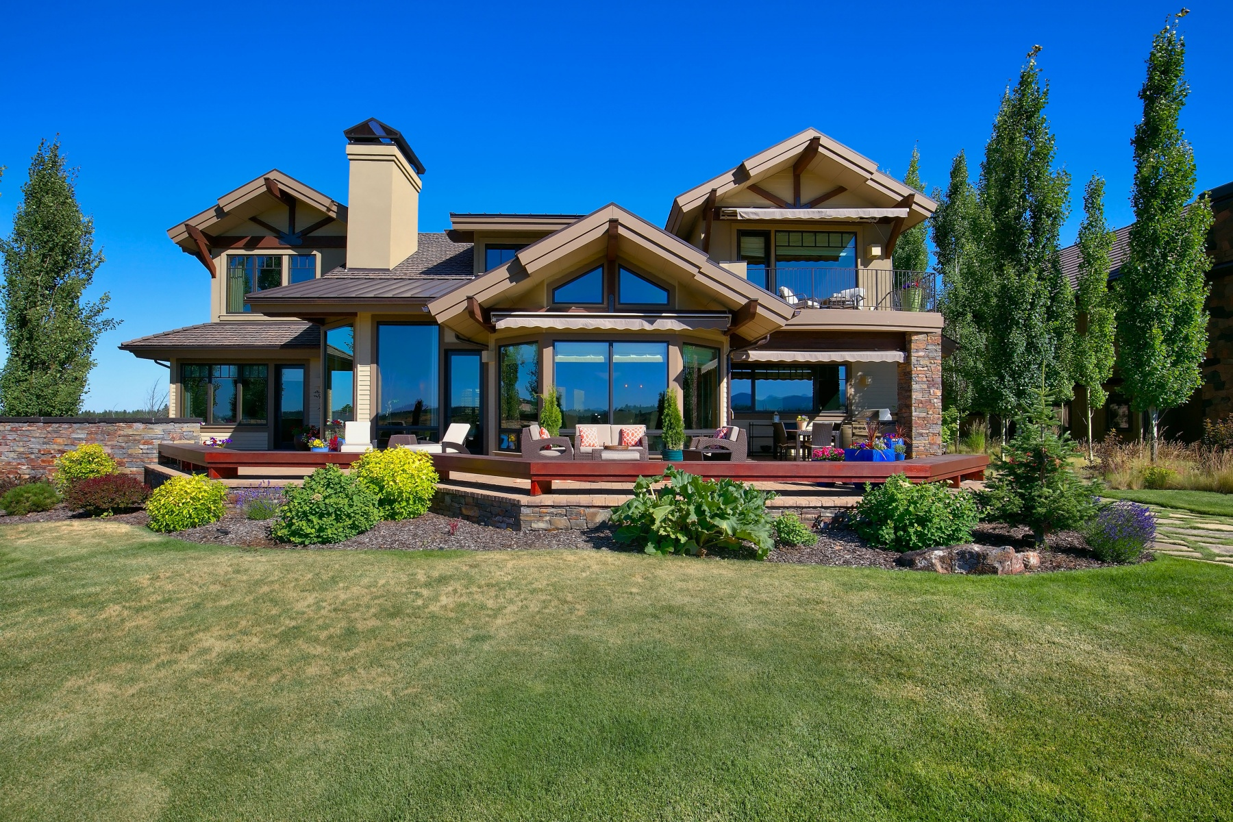 Single Family Home for Sale at Exsquisite Custom Home in Tetherow 61451 Skene Trail Bend, Oregon, 97702 United States