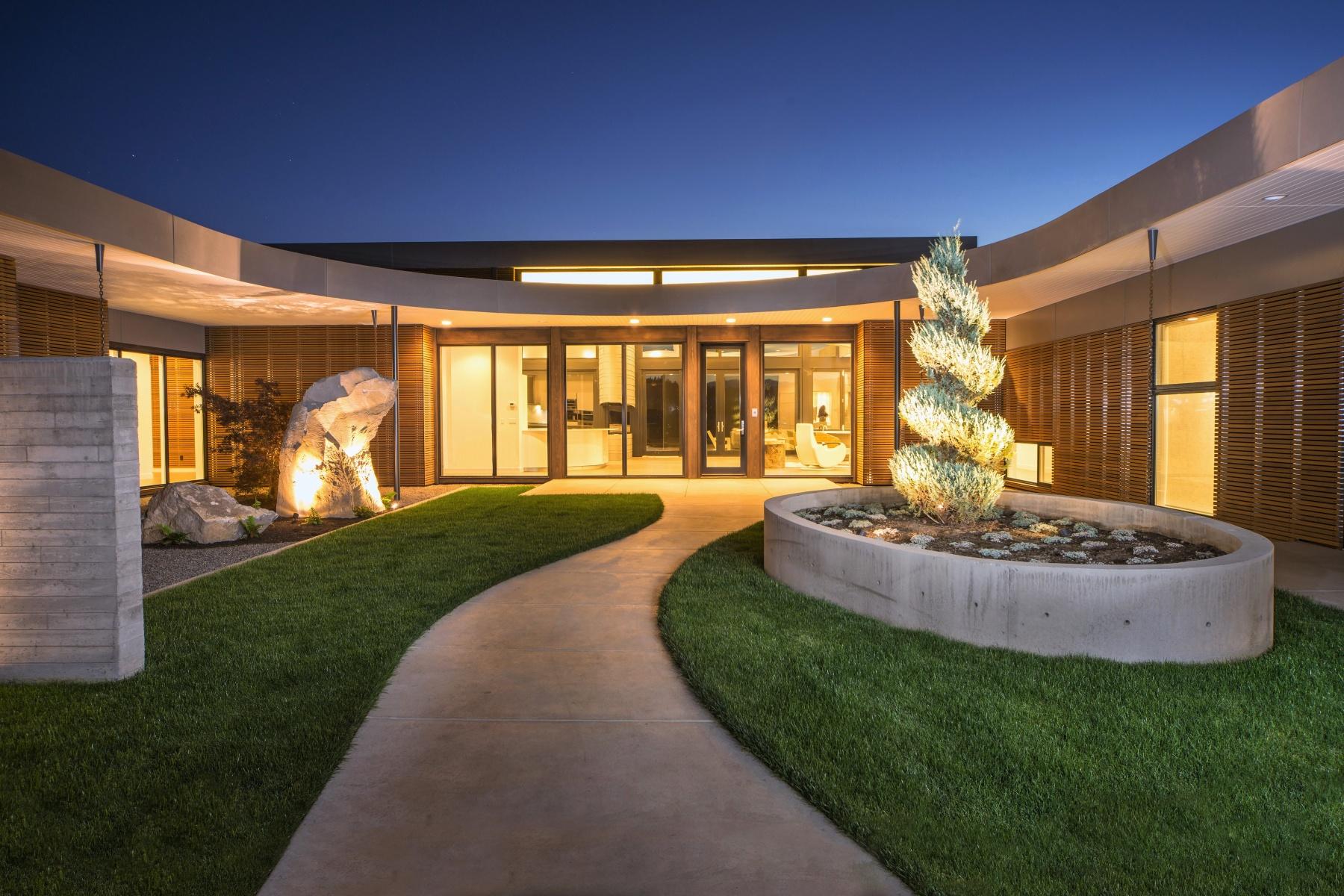独户住宅 为 销售 在 61623 Hosmer Lake Drive 本德, 俄勒冈州, 97702 美国
