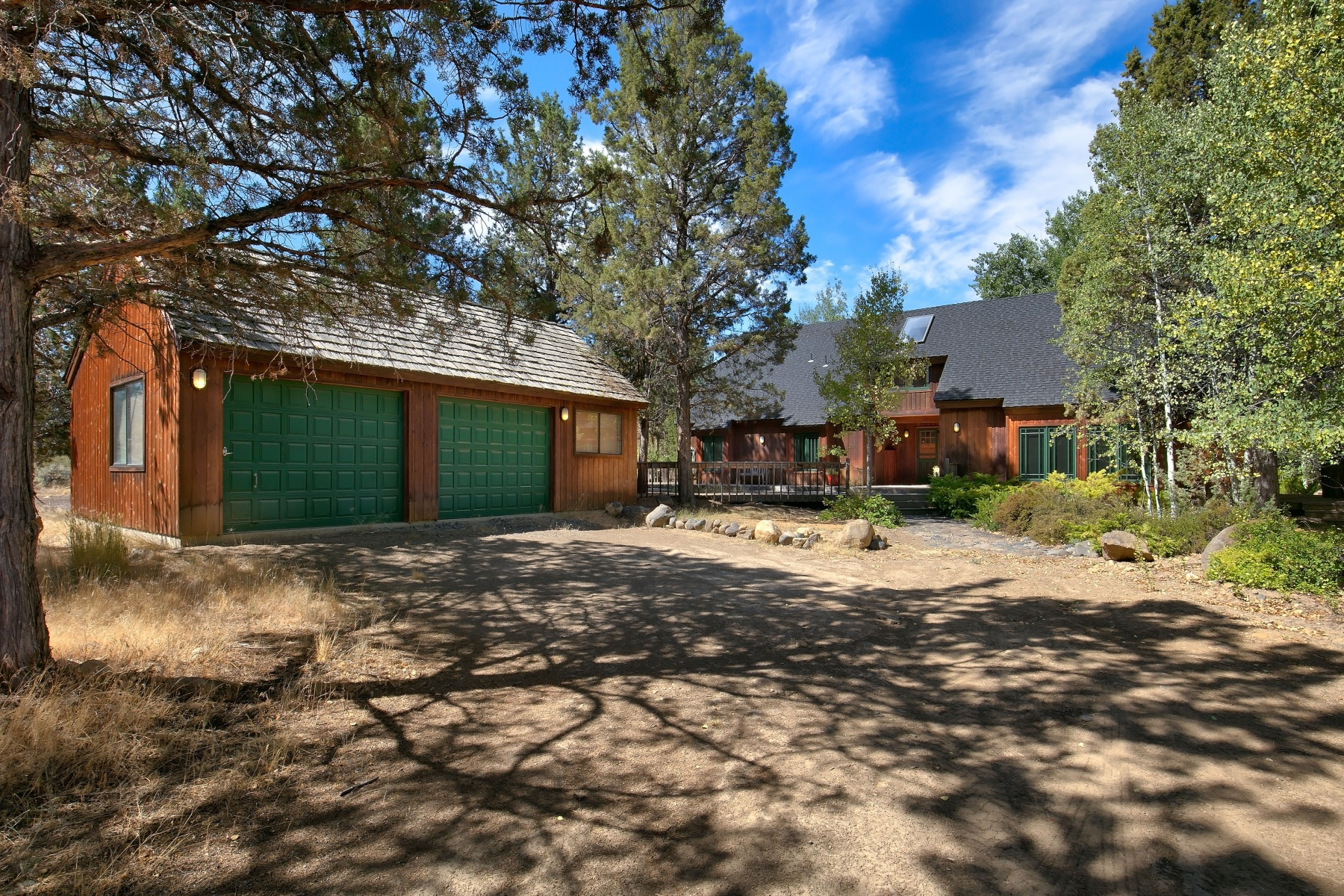 Single Family Home for Sale at Private 8 Acre Oasis 18463 Tumalo Reservoir Road, Bend, Oregon, 97701 United States