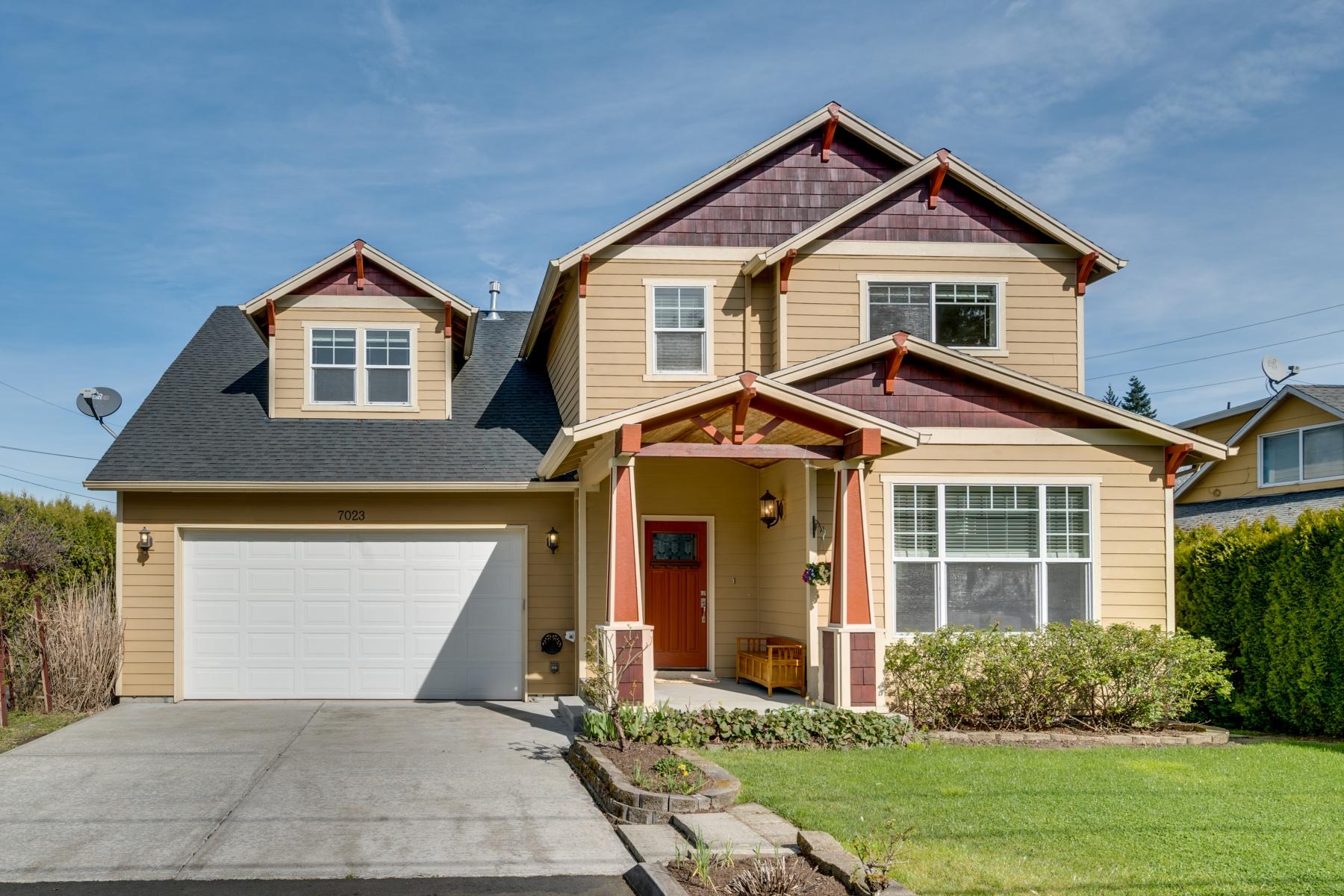 独户住宅 为 销售 在 7023 Se Clackamas Rd Milwaukie, 俄勒冈州, 97267 美国