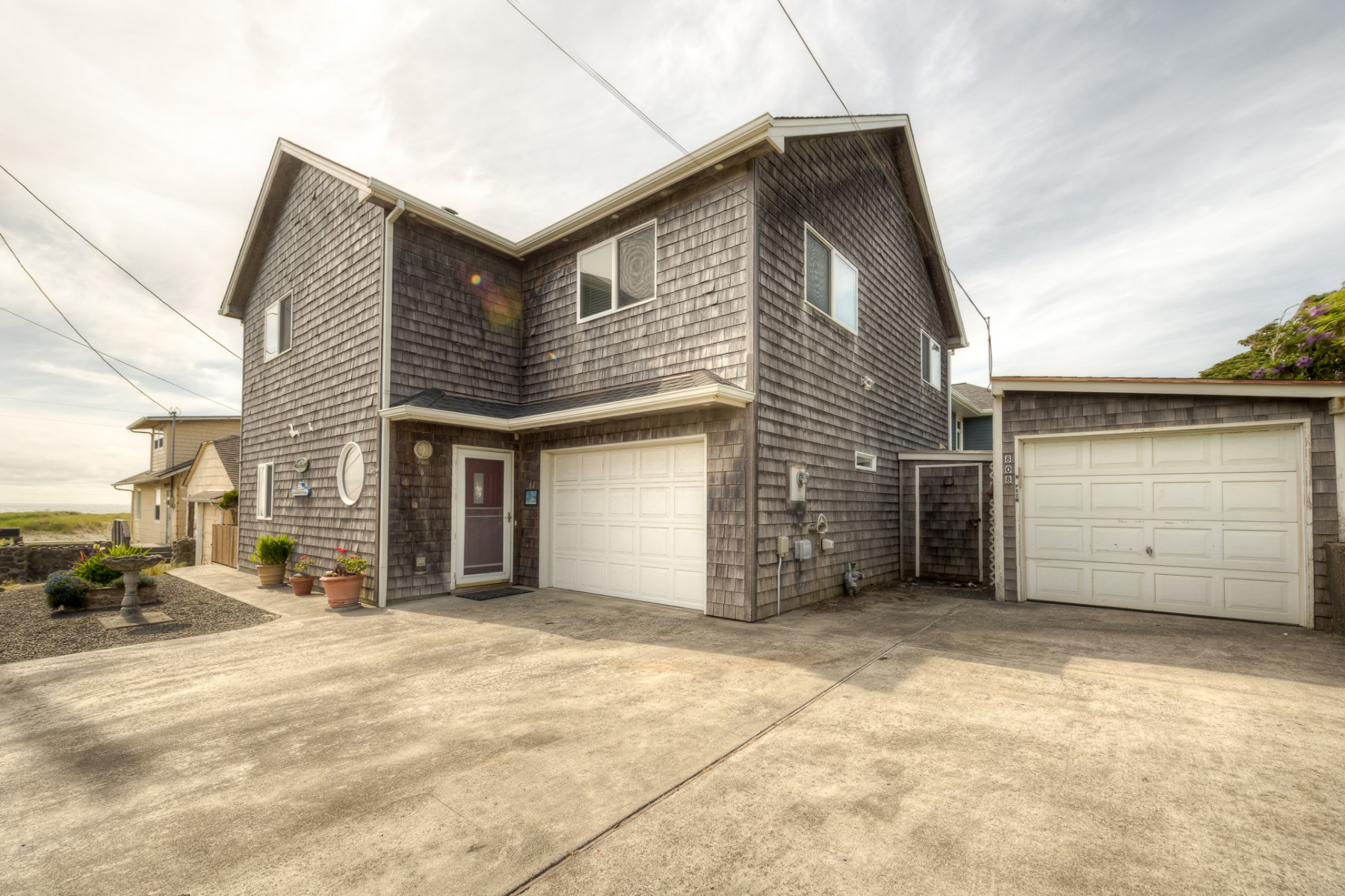 واحد منزل الأسرة للـ Sale في 44 8th Ave Seaside, Oregon, 97138 United States