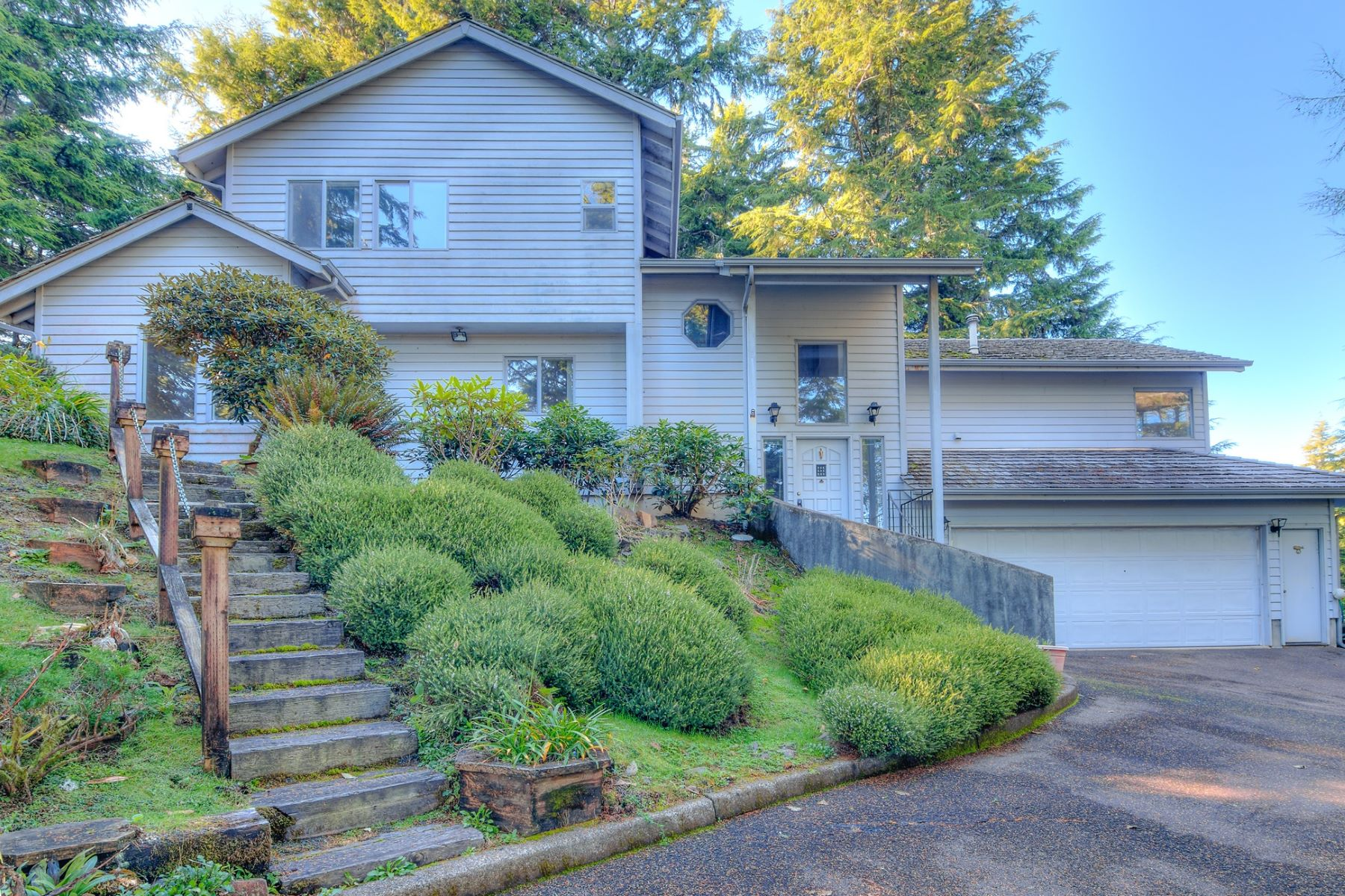 Single Family Homes for Active at 532 Salishan Hills Dr Lincoln City, Oregon 97367 United States