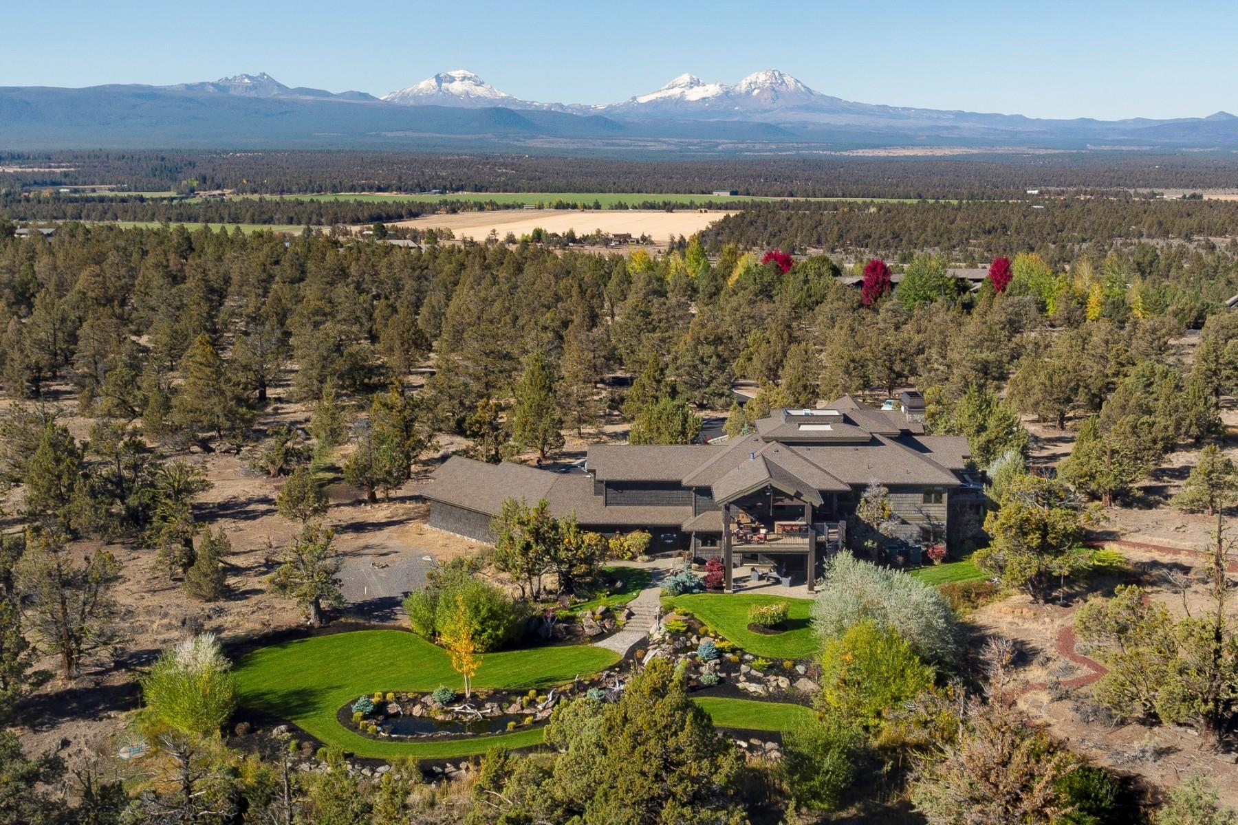 Single Family Homes 為 出售 在 Tumalo Estate 65815 Waldron Trail, Bend, 俄勒岡州 97703 美國