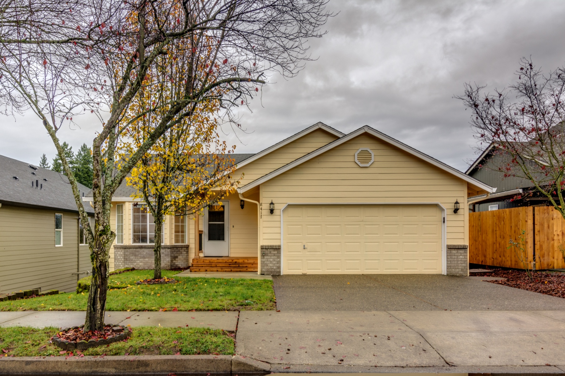 Single Family Home for Sale at Family Home with a View 8417 NE 39TH AVE Vancouver, Washington 98665 United States