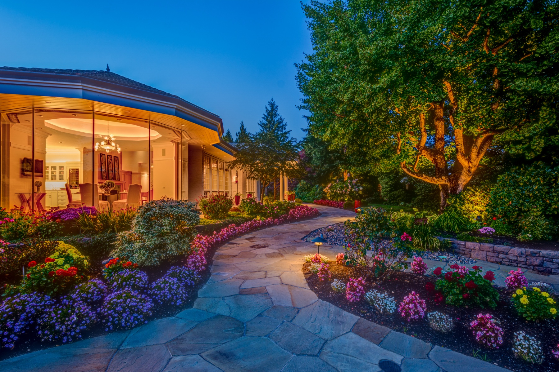 Single Family Home for Sale at Unparalleled Luxury in the Heart of the City 4712 NW FRANKLIN ST Vancouver, Washington 98663 United States