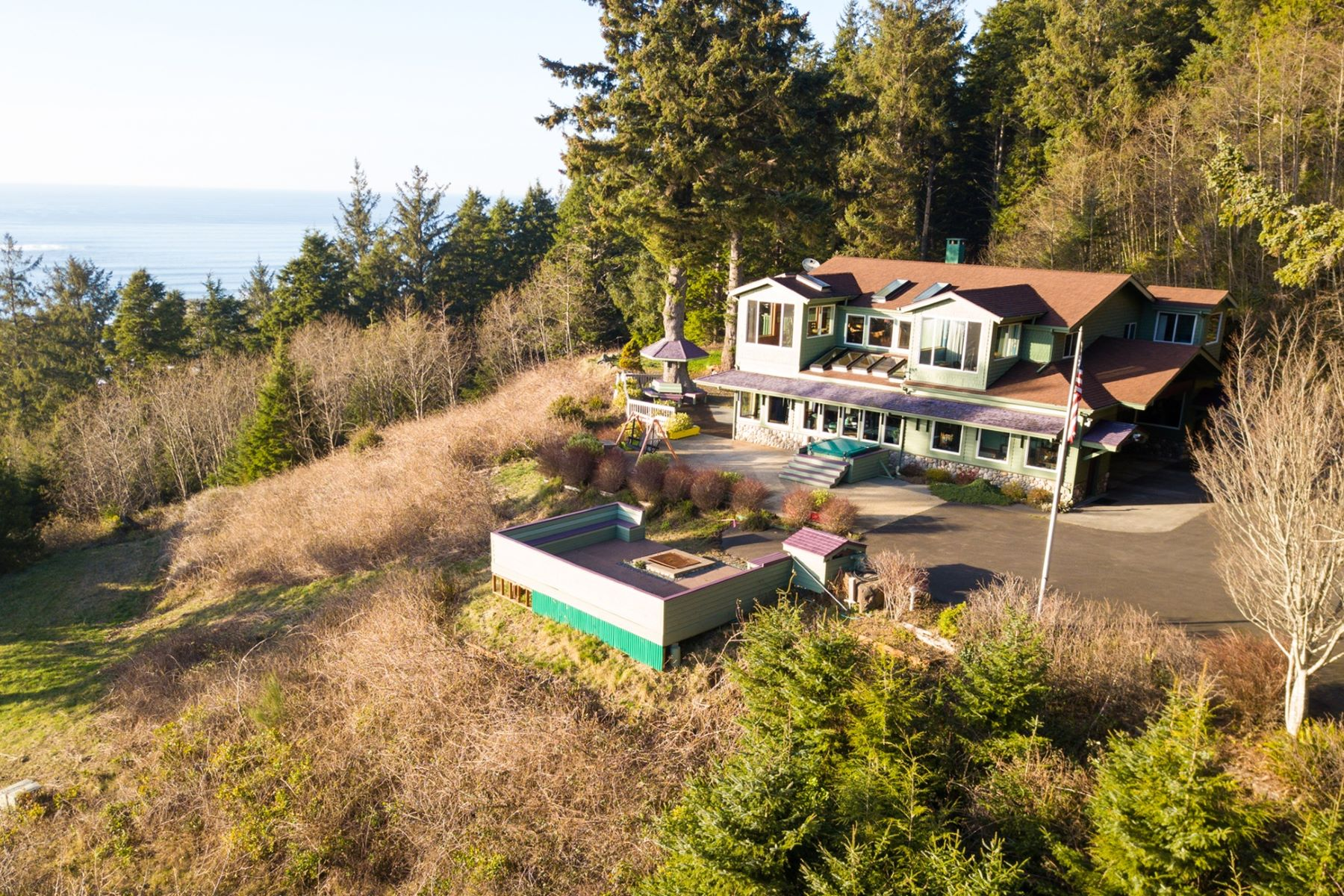 Single Family Homes for Sale at Stunning Family Estate 32307 Ruby Lane Cannon Beach, Oregon 97110 United States