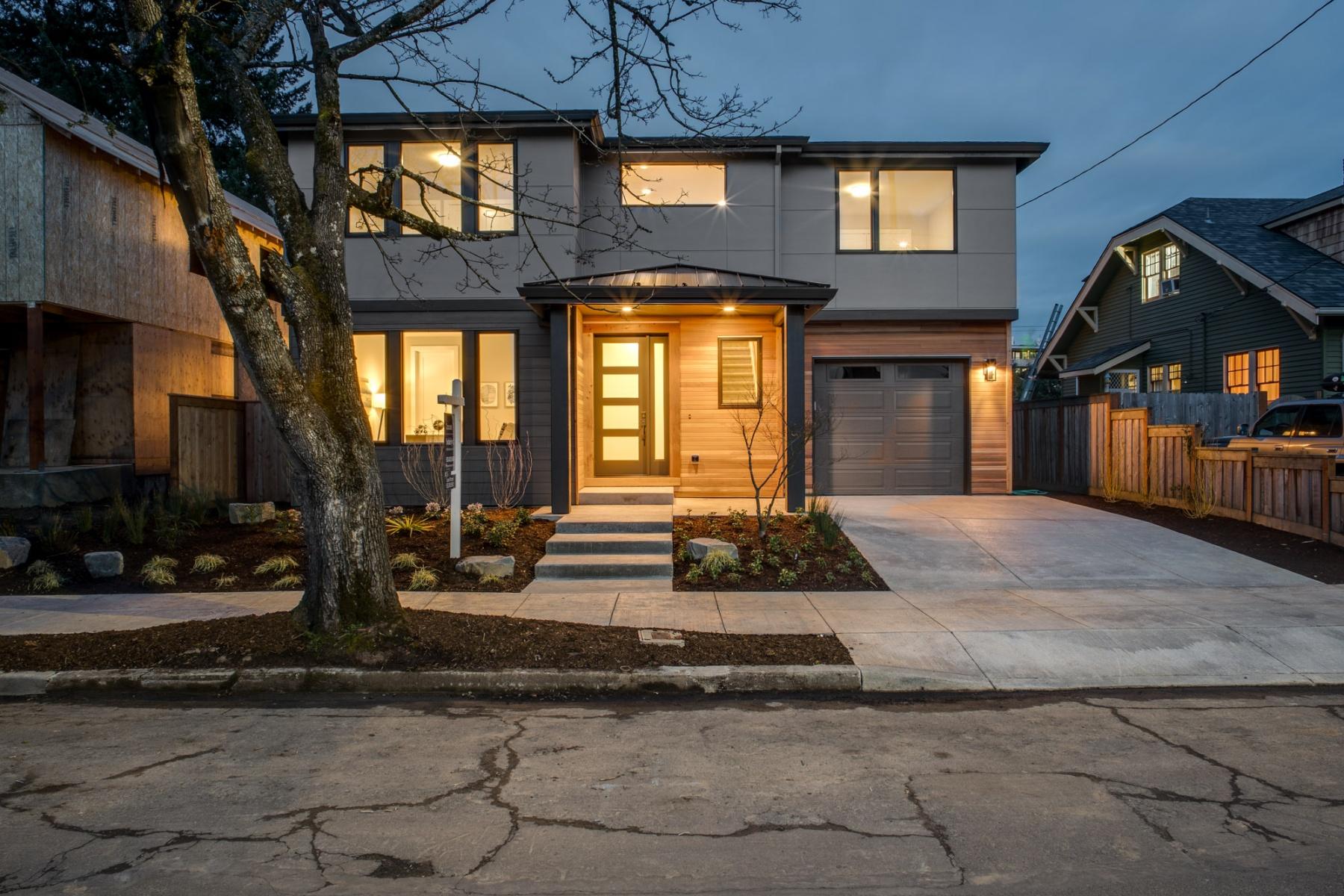 Частный односемейный дом для того Продажа на 6314 Se 21st Ave Portland, Орегон, 97202 Соединенные Штаты