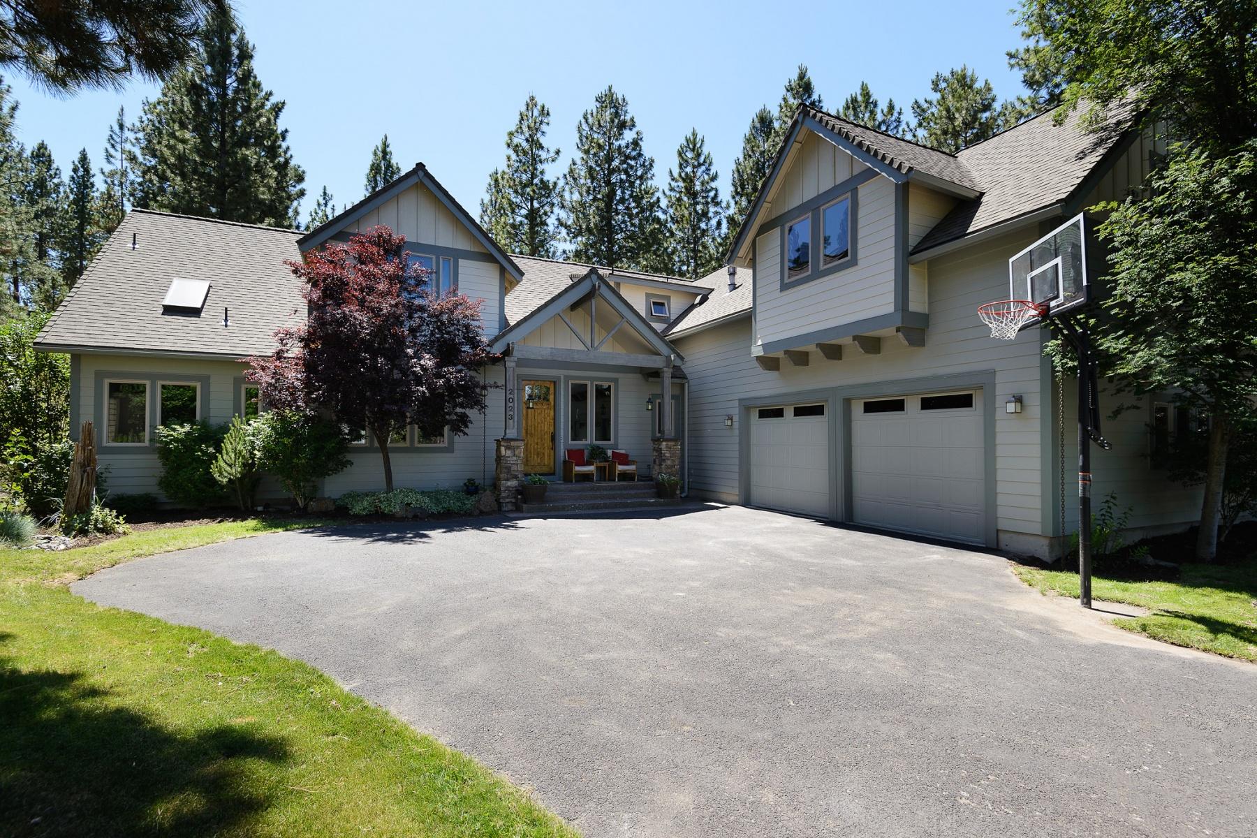 واحد منزل الأسرة للـ Sale في 2023 Northwest Shiraz Court Bend, Oregon, 97701 United States