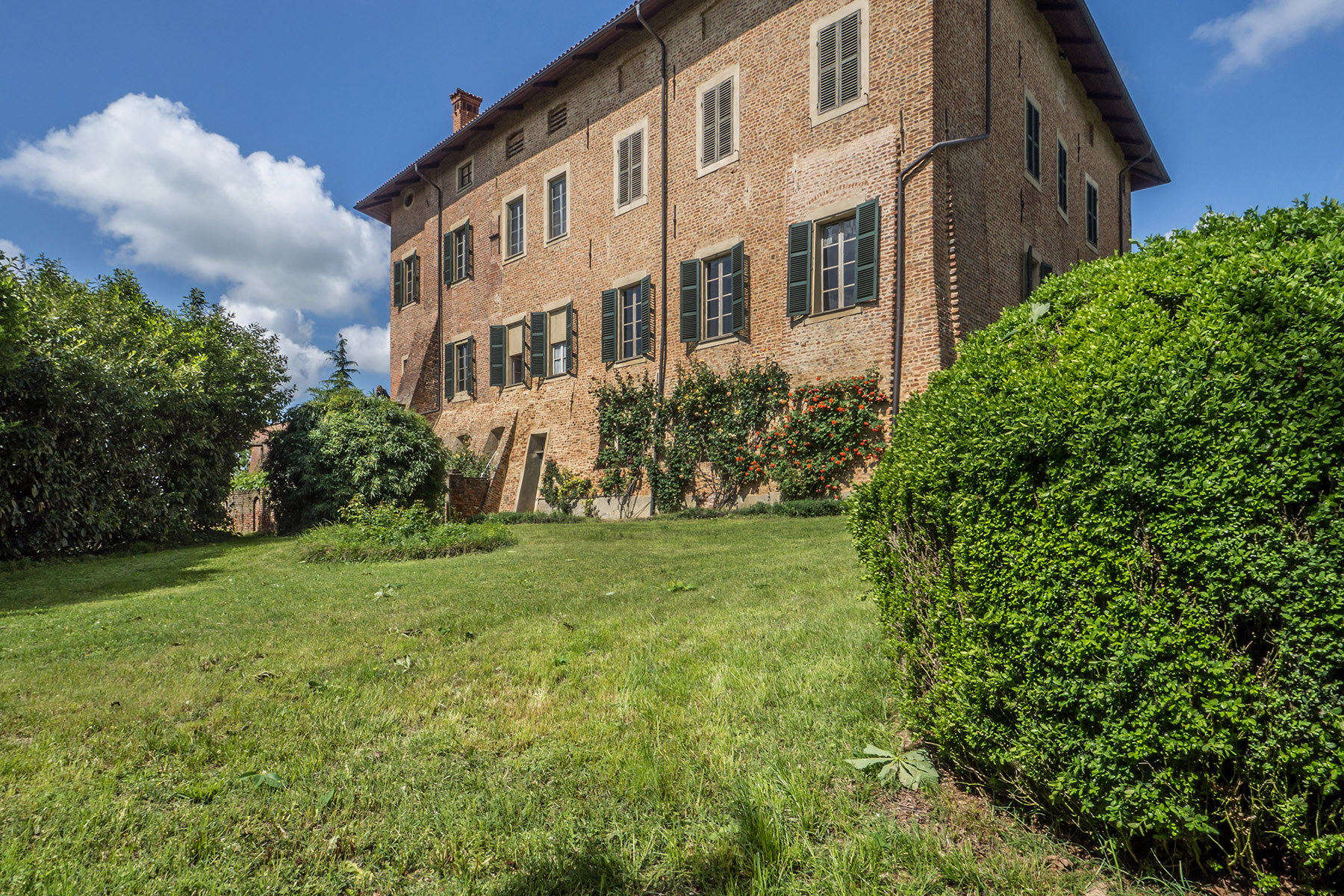 Other Residential Homes for Sale at Majestic Castle in the Monferrato region Roatto, Asti Italy