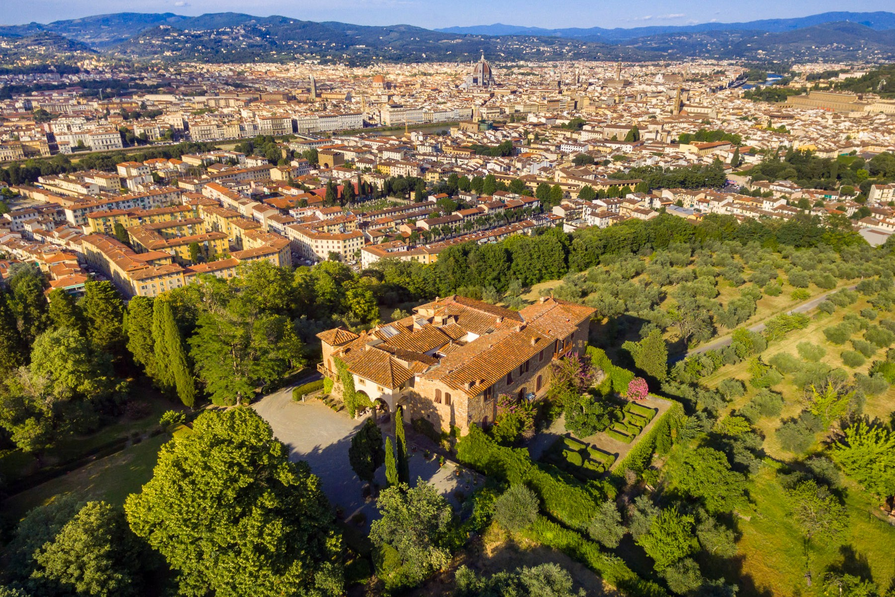 Other Residential Homes للـ Sale في Stunning property with breathtaking views of Florence Firenze, Florence Italy