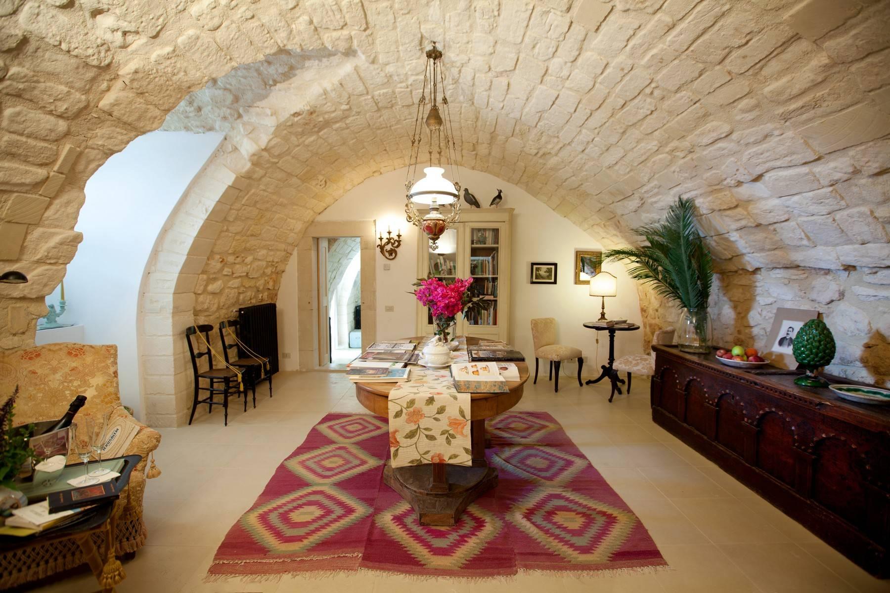Other Residential Homes por un Venta en Charming historical estate in the countryside of Ragusa Ragusa, Ragusa Italia
