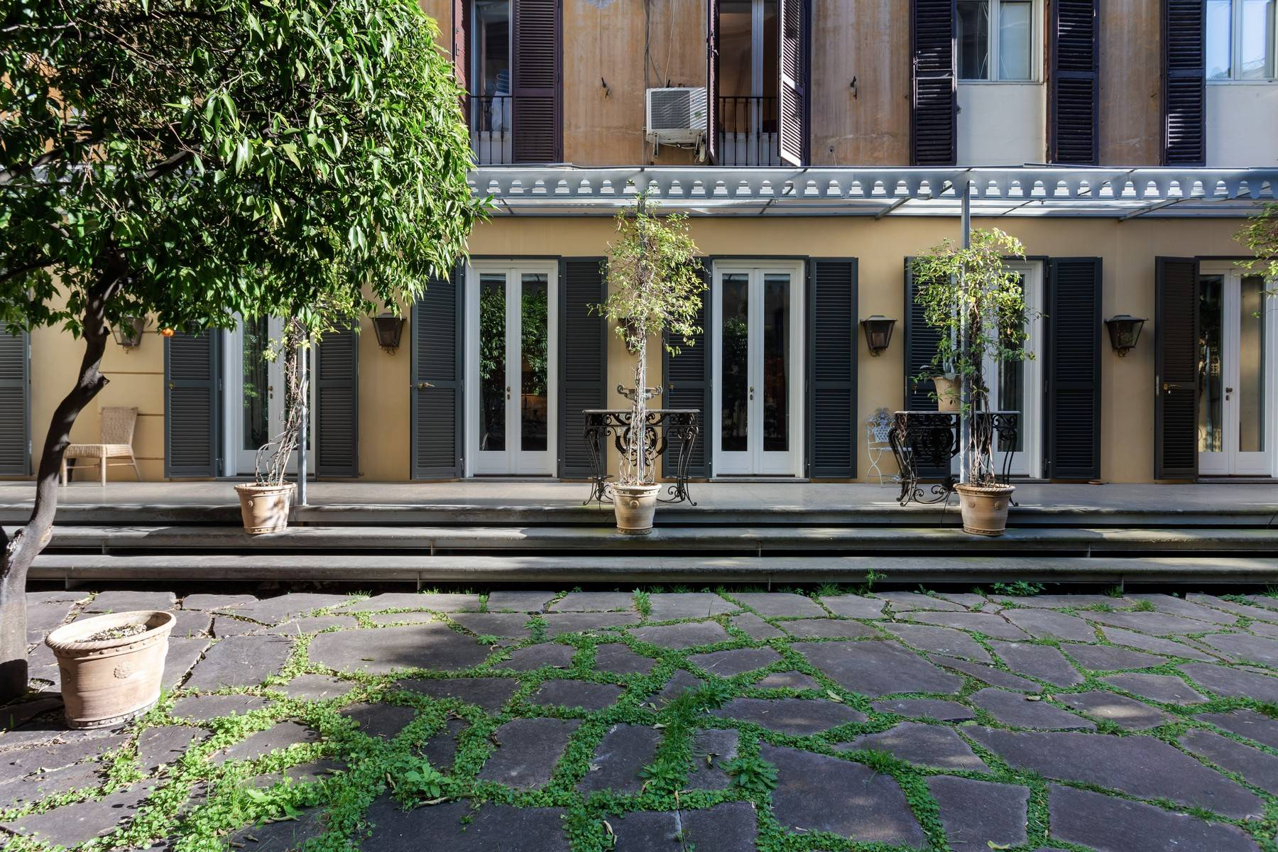 Apartments 为 出租 在 Charming apartment with garden in the center of Rome 罗马, 罗马 意大利