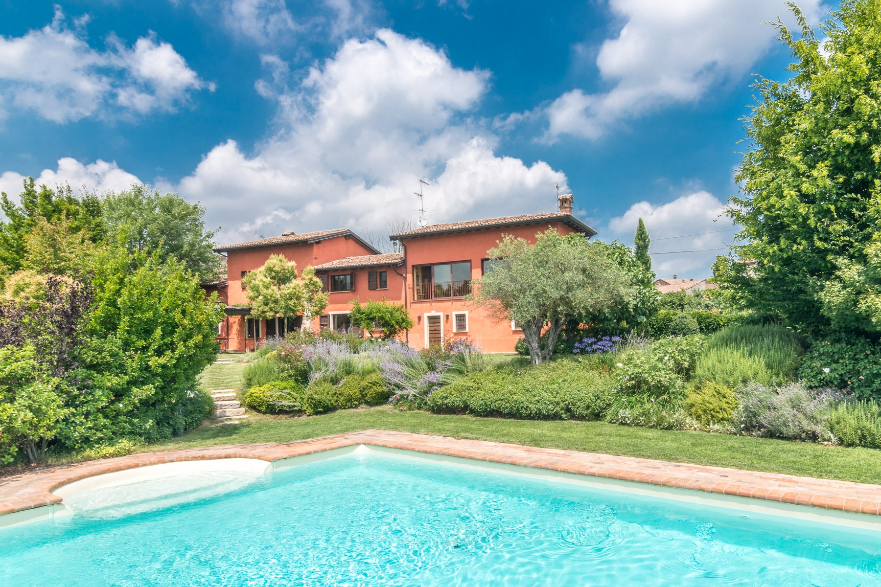 Single Family Homes for Sale at Magnificent farmhouse on the hills of Piacenza Ziano Piacentino, Piacenza Italy