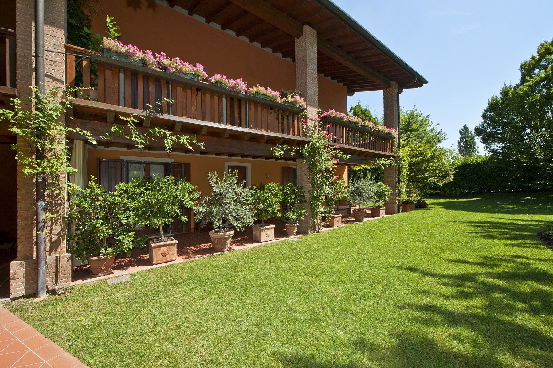 Apartments for Sale at Wide apartment neighbouring to the Gardagolf in Soiano Soiano del Lago, Brescia Italy