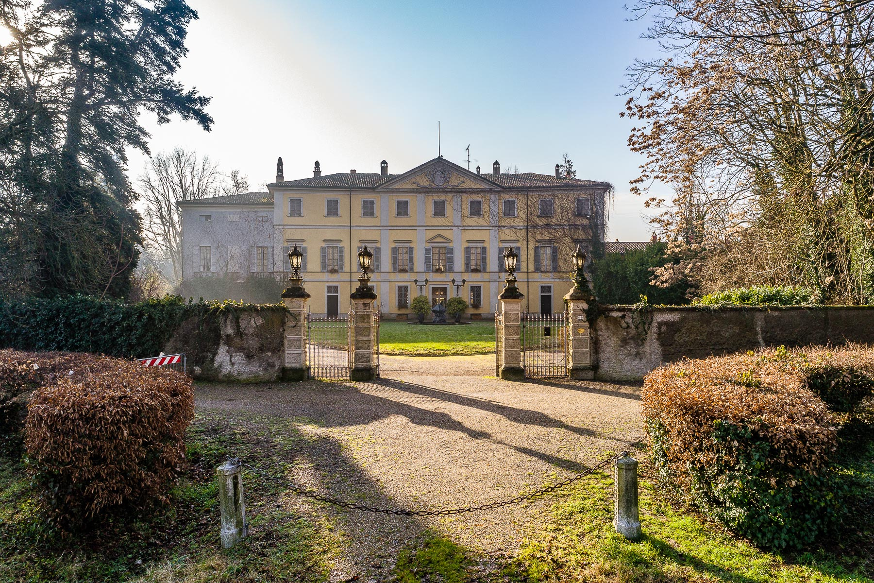 Other Residential Homes 为 销售 在 Exclusive historic Villa in the Piacenza hills Agazzano, Piacenza 意大利