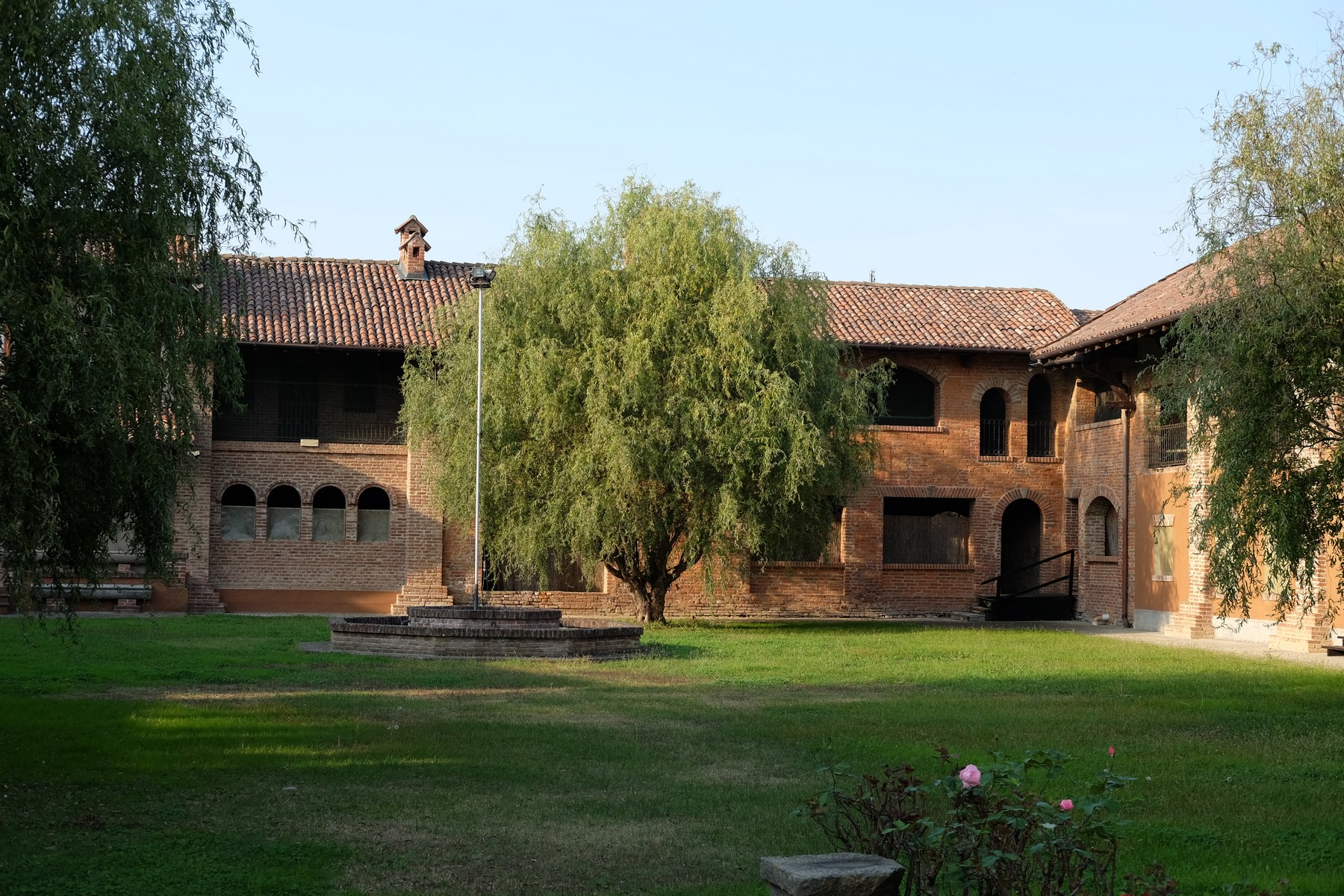 سكني آخر للـ Sale في Unique historic hamlet in the Oltrepò Pavese Castelnovetto, Pavia, Italy