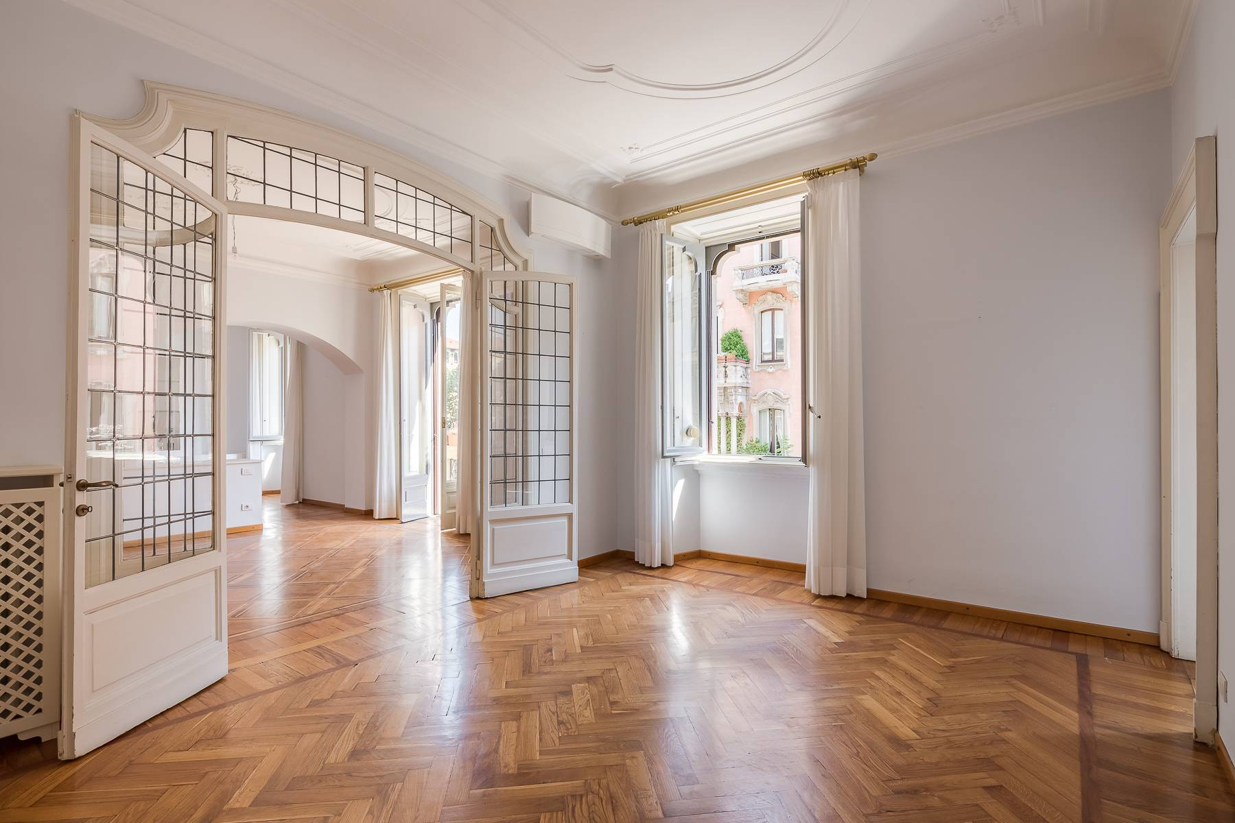Apartments for Sale at Prestigious apartment with terrace in a period building Milano, Milan Italy