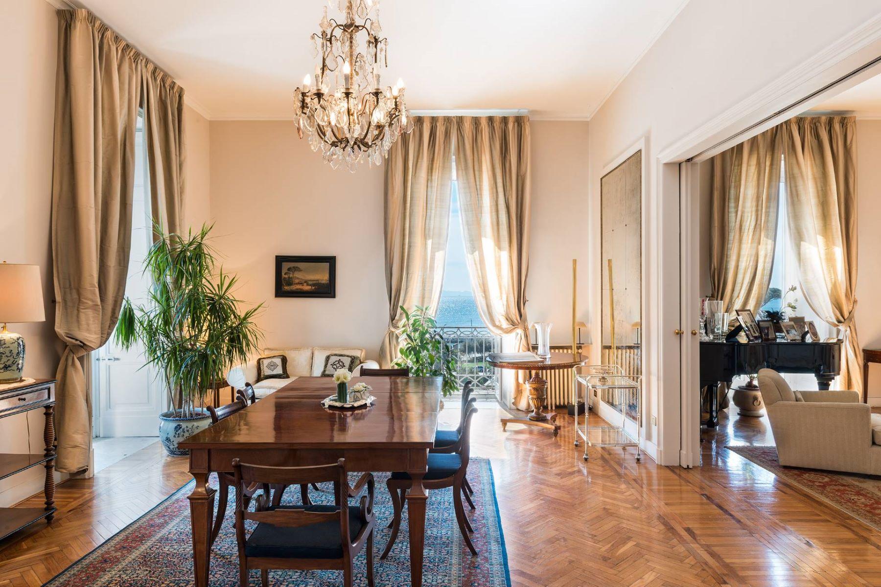 アパート のために 賃貸 アット Residential property for Rental in Napoli (Italy) Napoli, Naples, イタリア