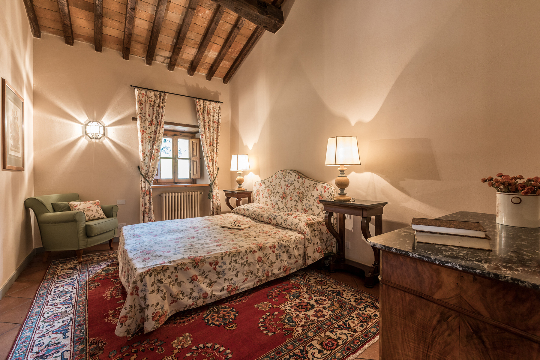 Additional photo for property listing at Magnificent estate with XVIth century villa Dicomano, Florence Italy