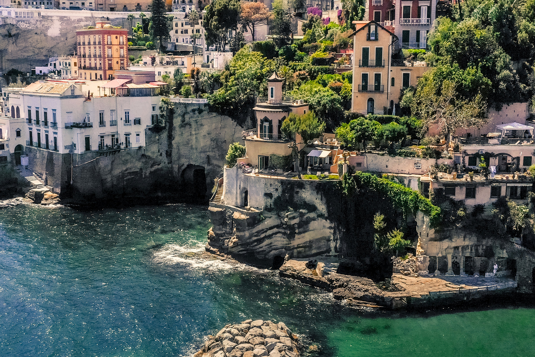 Other Residential Homes for Sale at Historic pied dans l'eau home in Posillipo Napoli, Naples Italy