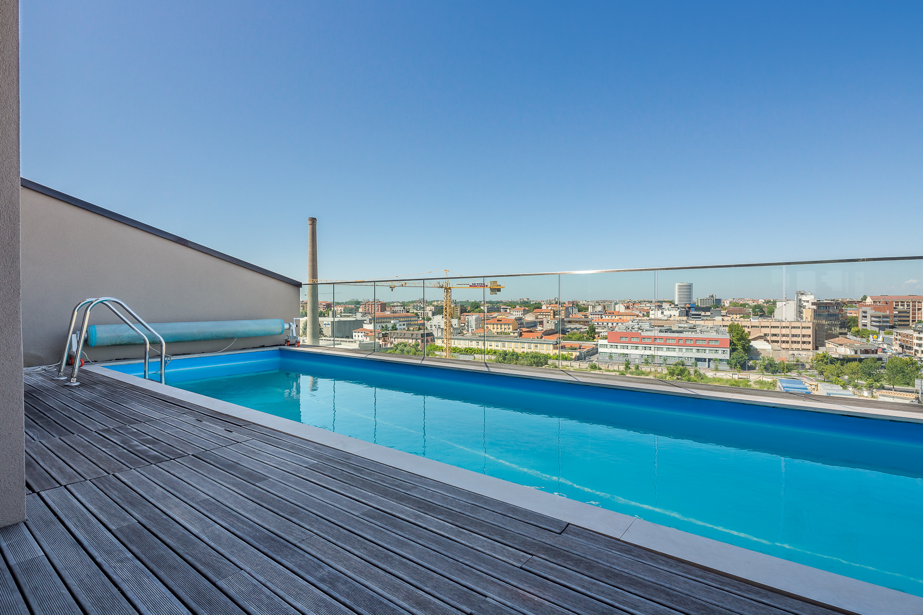 Apartments por un Alquiler en Beautiful penthouse with private pool Milano, Milán Italia
