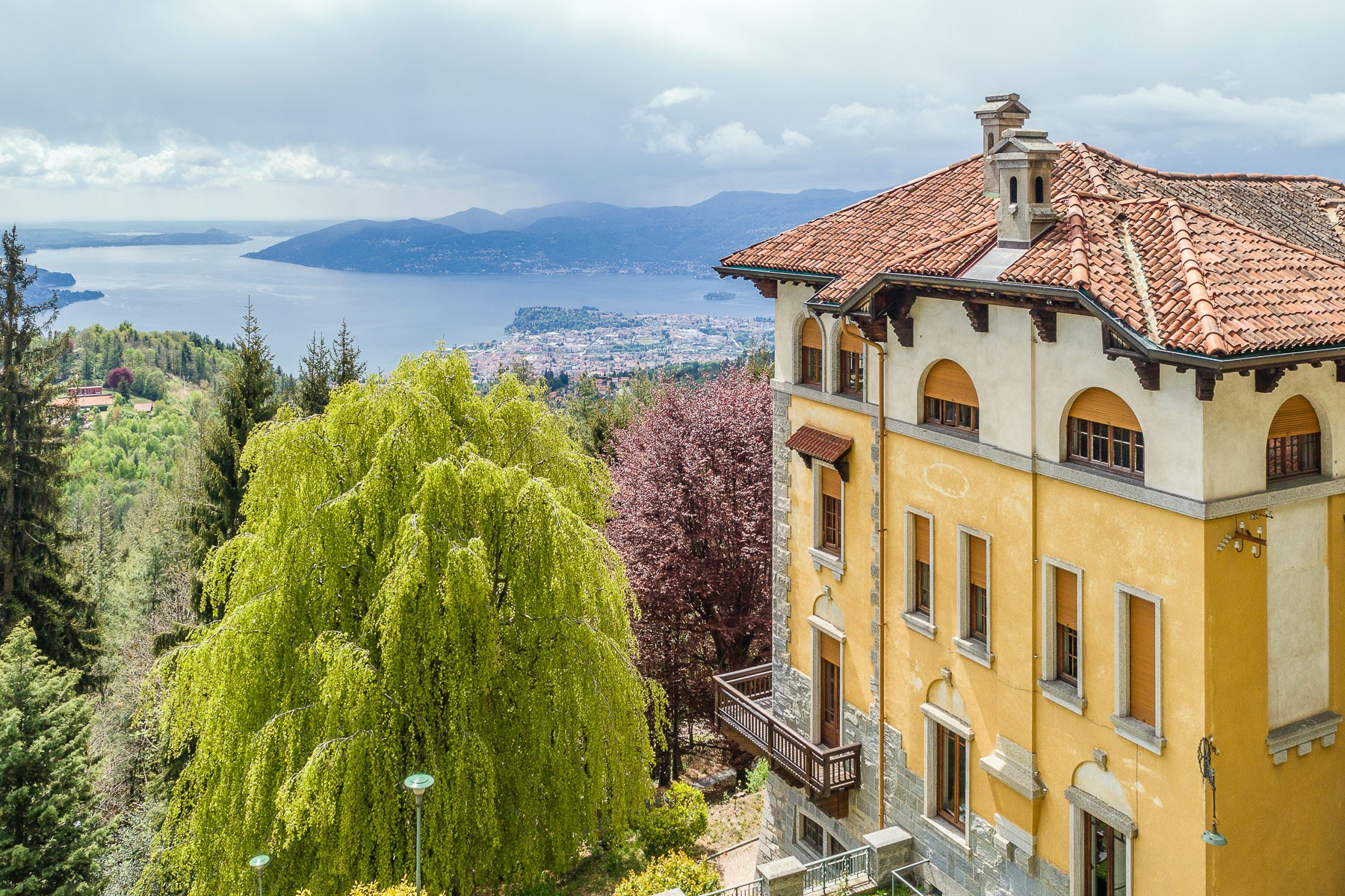 Other Residential Homes for Sale at Historical villa in a centenary-old park on Lake Maggiore Premeno, Verbano Cusio Ossola Italy