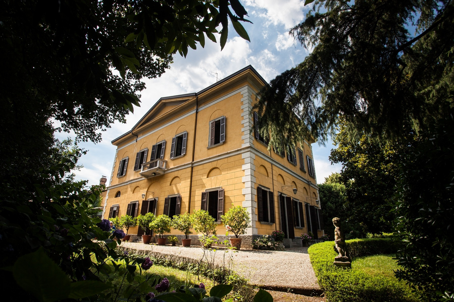 Other Residential Homes for Sale at Elegant historic villa inside a botanical park Verano Brianza, Monza Brianza Italy
